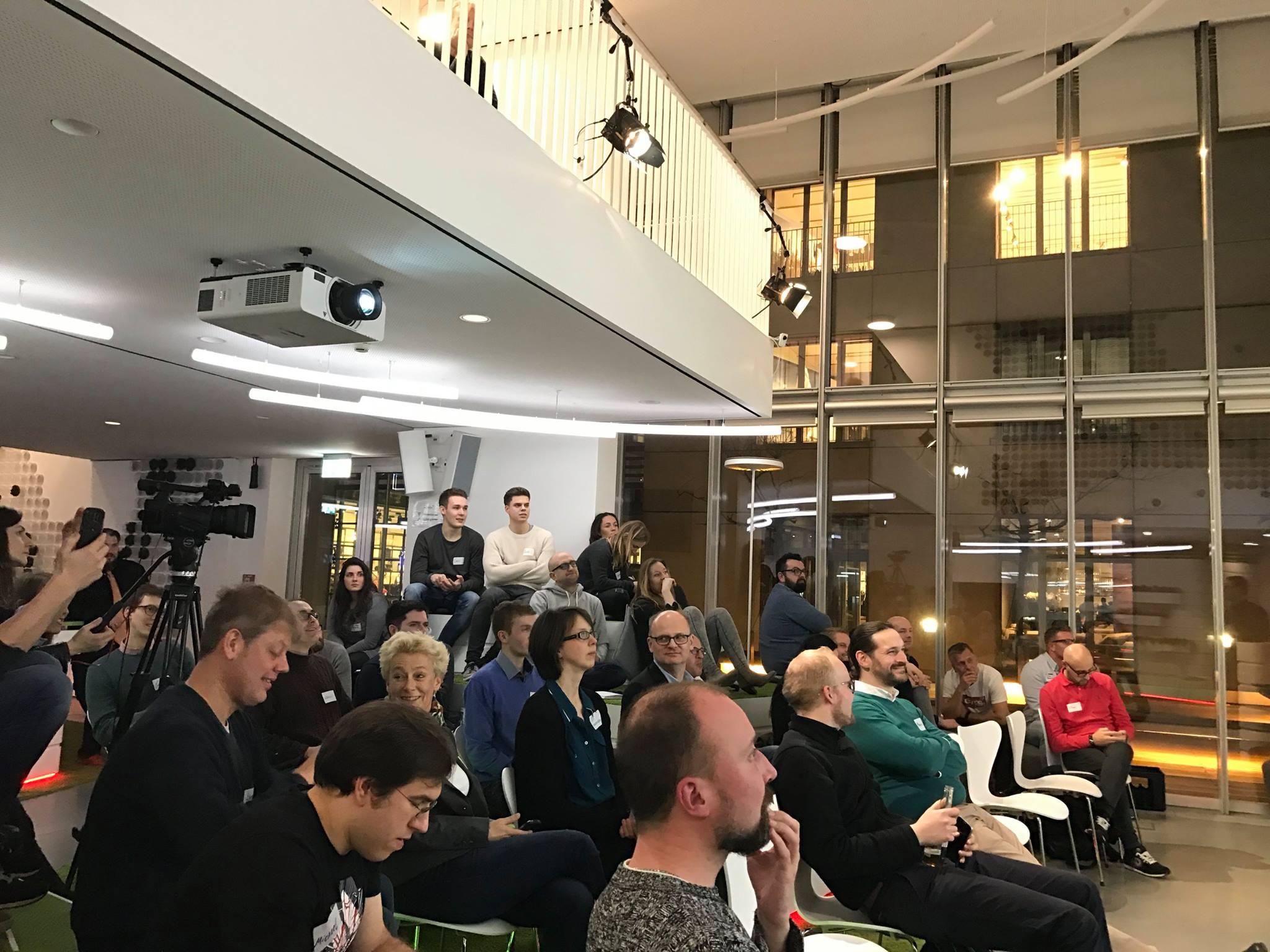 Growth Hacking Vortrag in Düsseldorf_Zuschauer-min.jpg