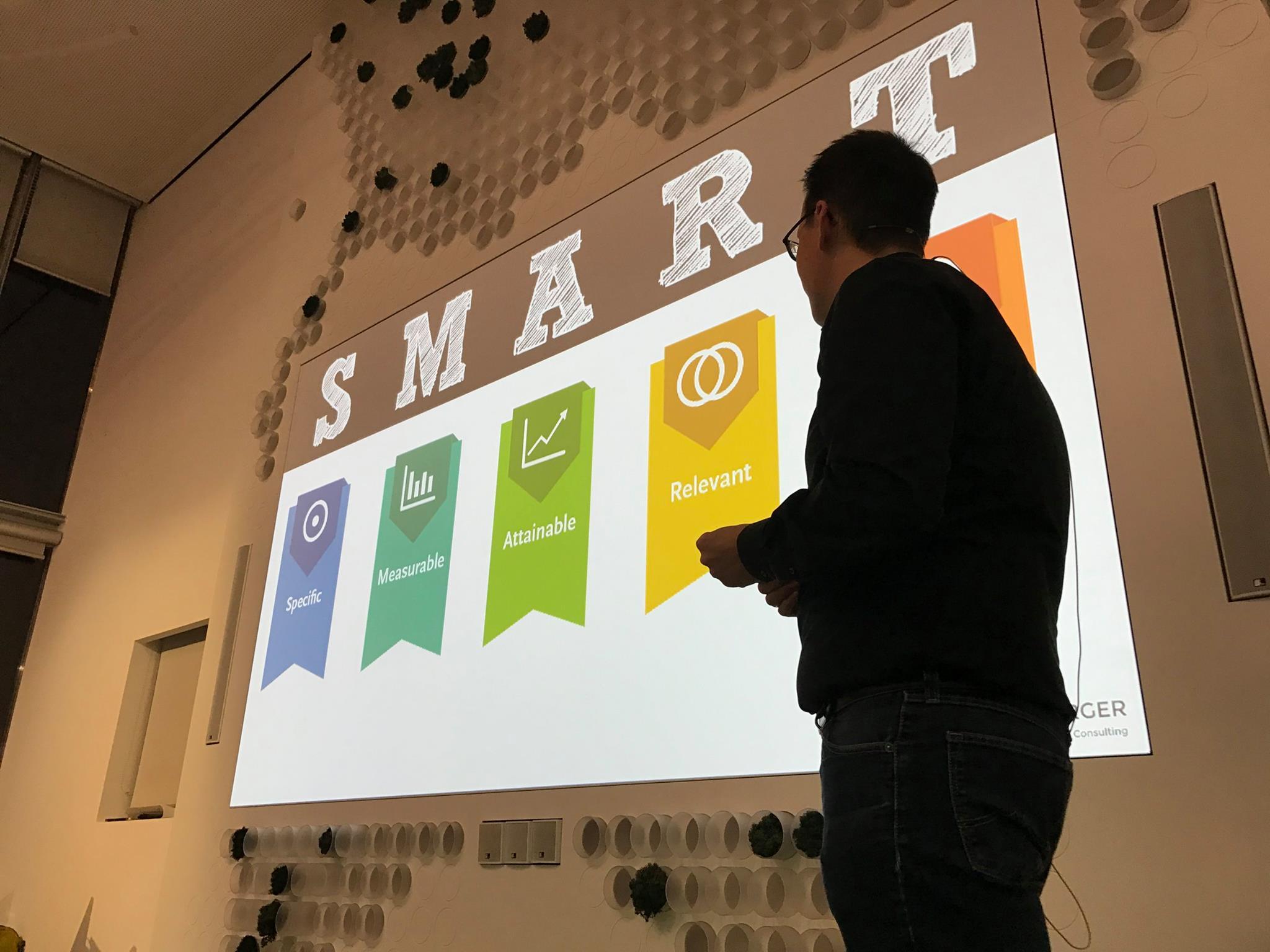 Smart Goals beim Growth Hacking Vortrag in Düsseldorf -min.jpg