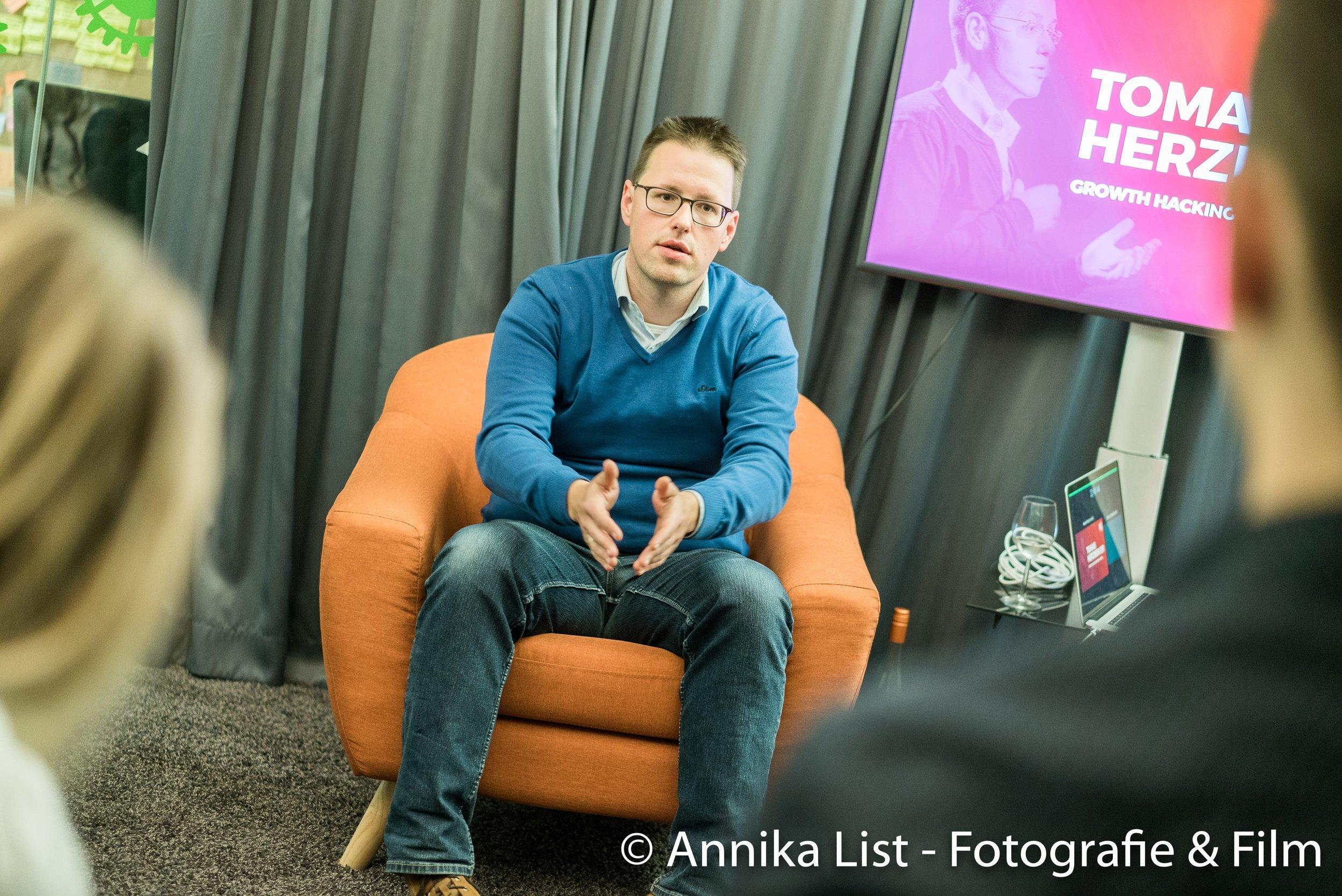 tomas herzberger startup kitchen mentor.jpg