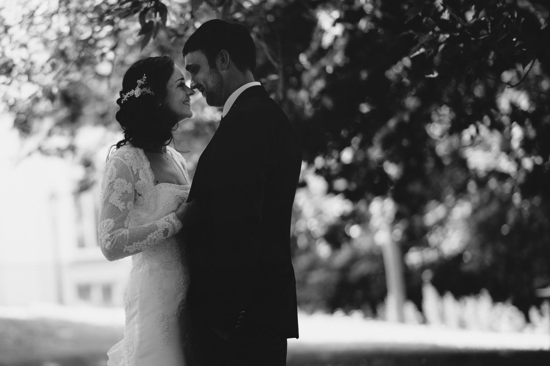 Junge trifft Mädchen in Warnemünde - Hochzeitsfotografie mit Antje und Alexander