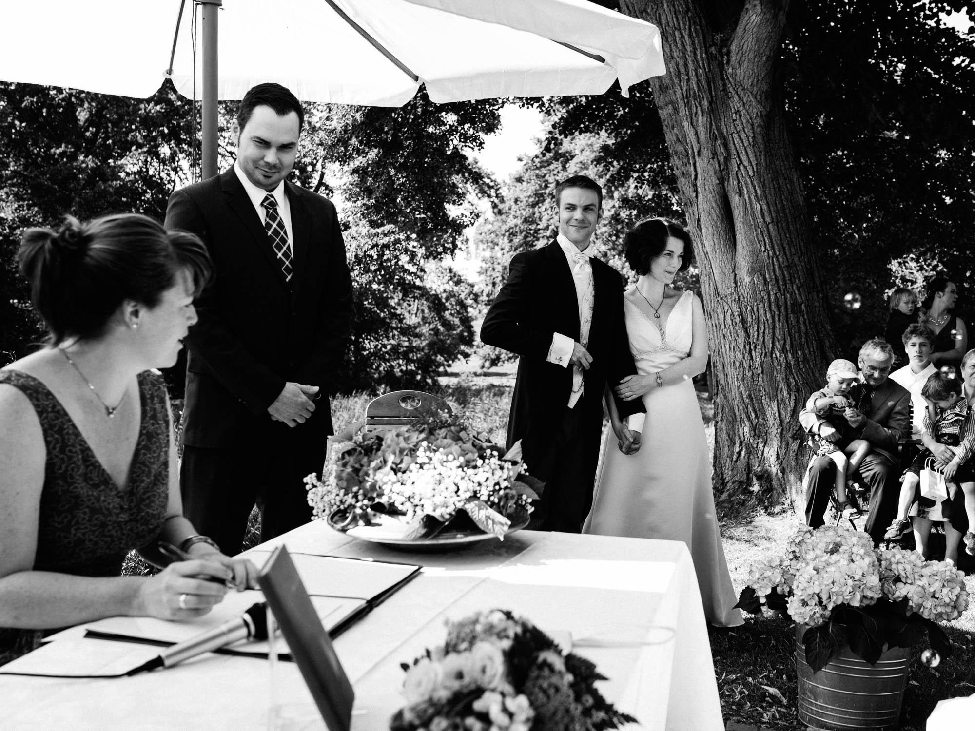0063-Hochzeitsfotograf-Schloss-Lühburg.jpg