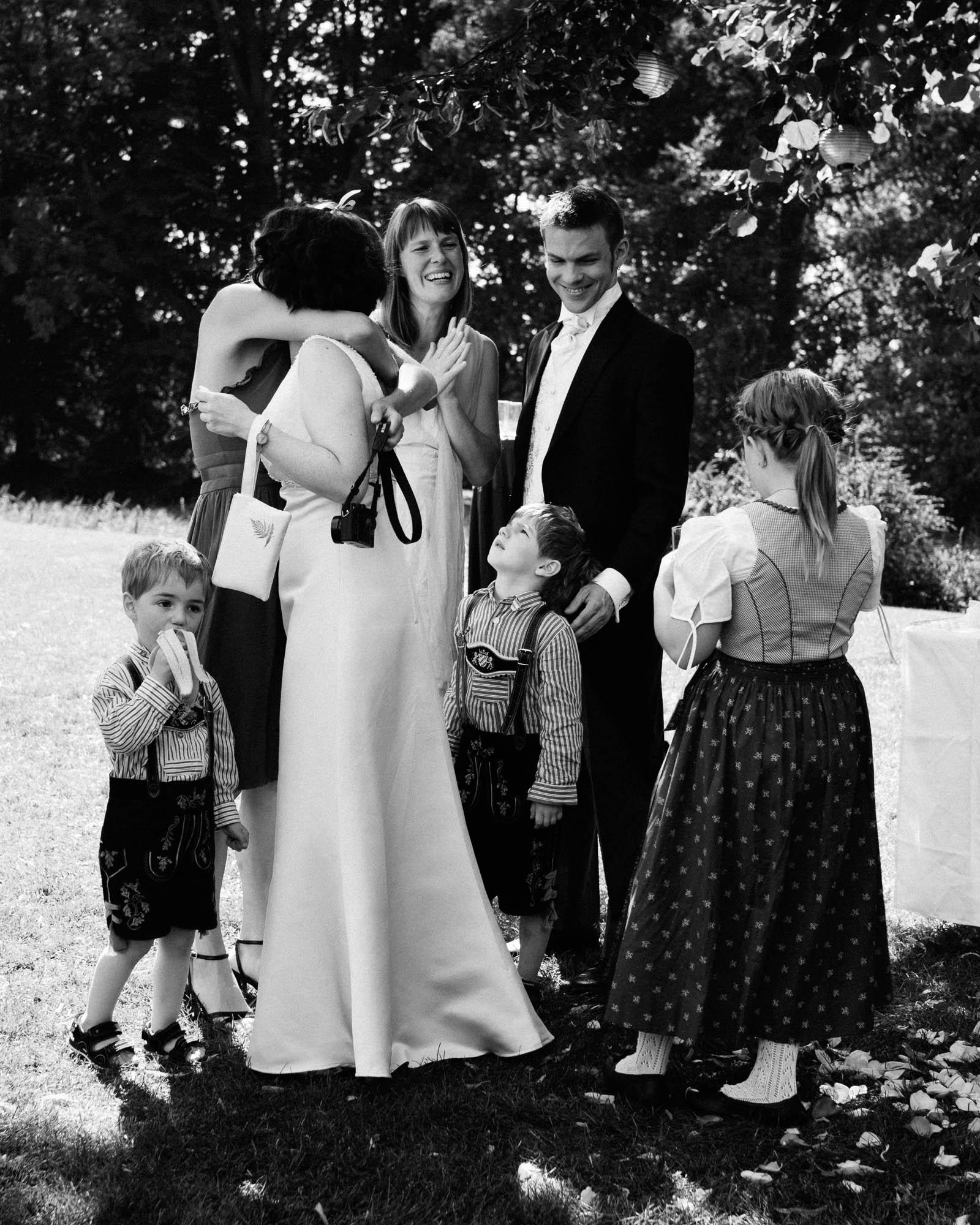 0065-Hochzeitsfotograf-Schloss-Lühburg.jpg