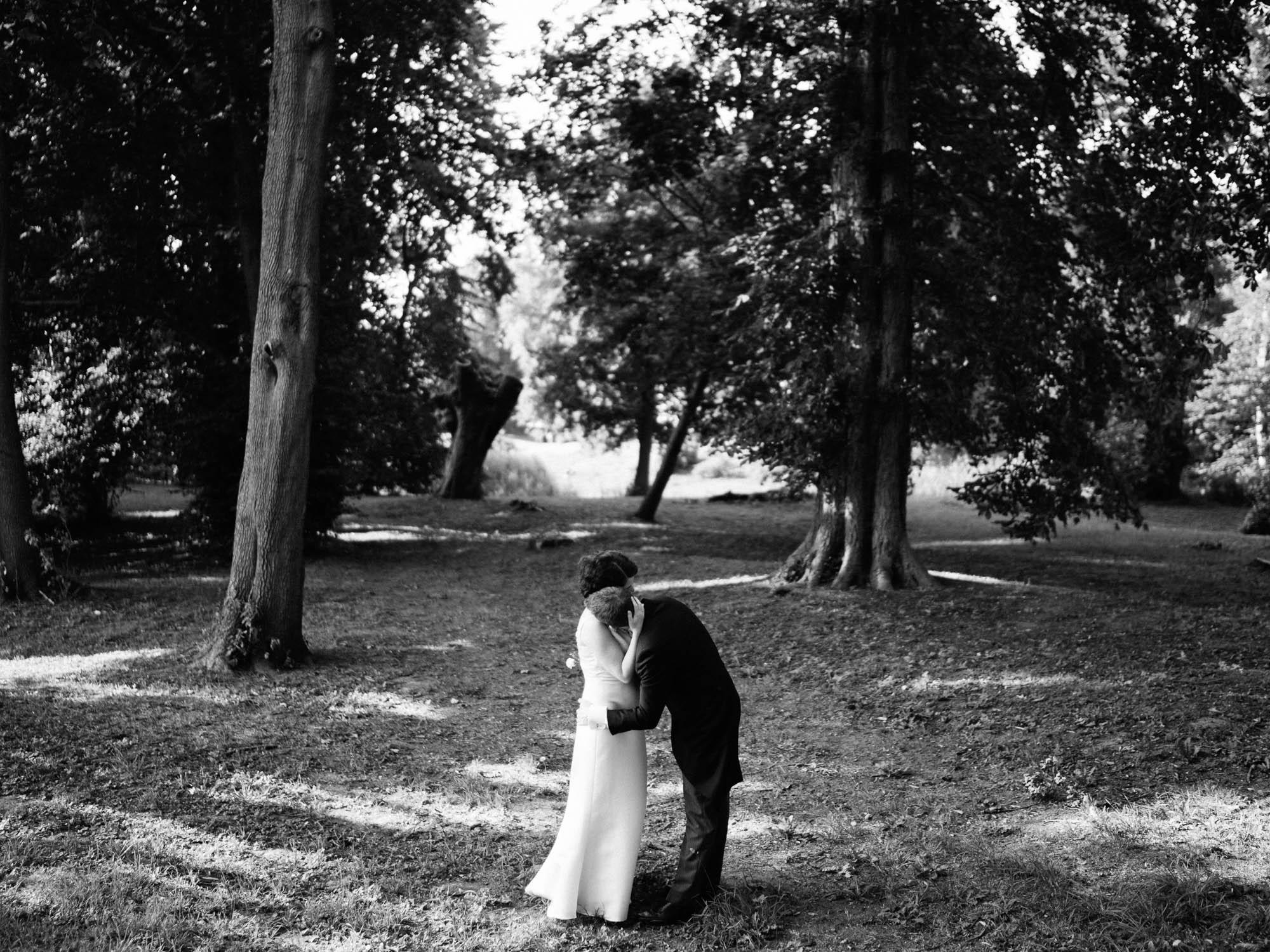 0113-Hochzeitsfotograf-Schloss-Lühburg.jpg
