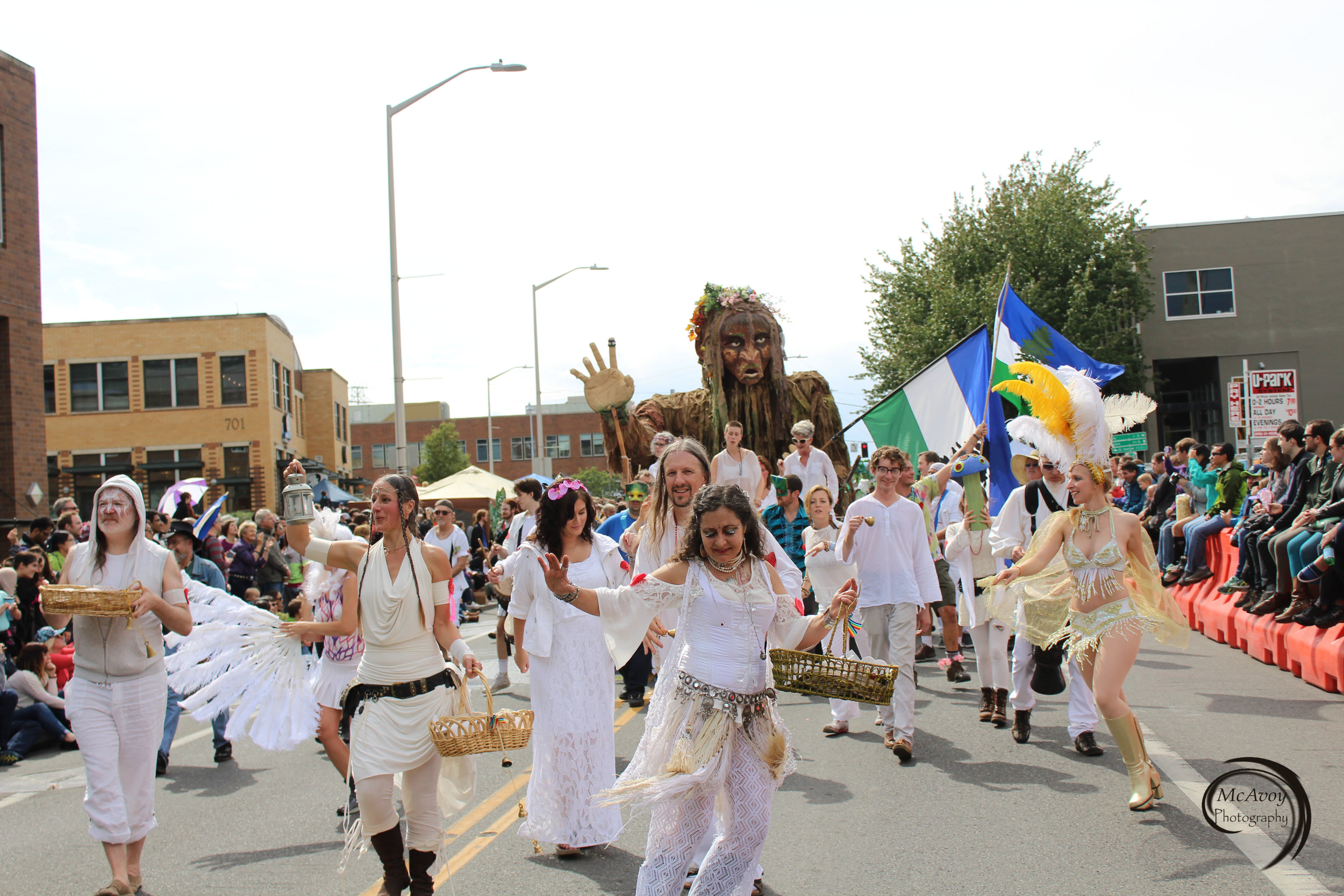 Clad in white, Dream Dance Cascadia and Fremont Drum All-Stars teamed up with CascadiaNow! to spread local culture and love to strengthen our community.