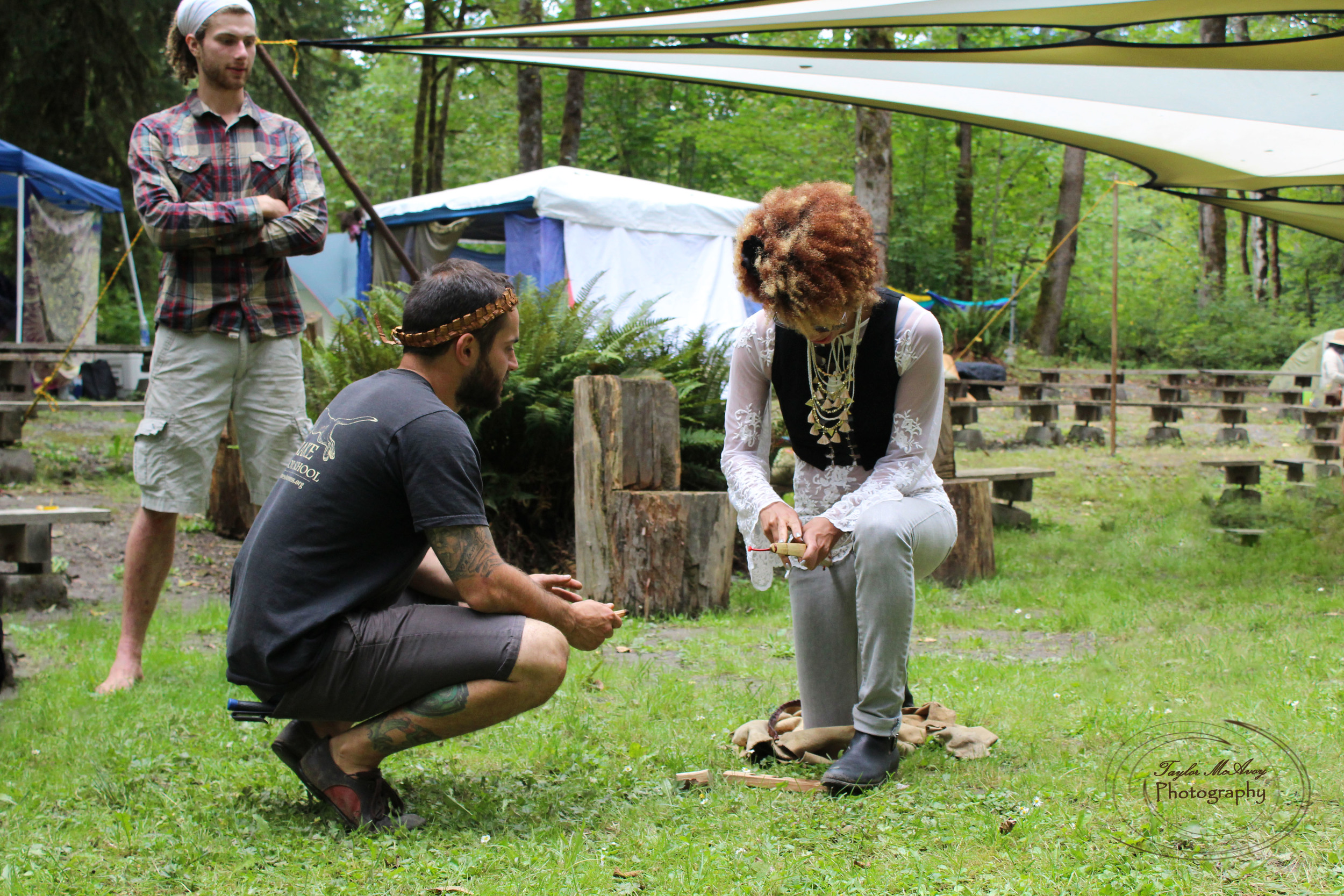 Instructors held a workshop to teach campers how to awaken fire out of natural materials of the forest.