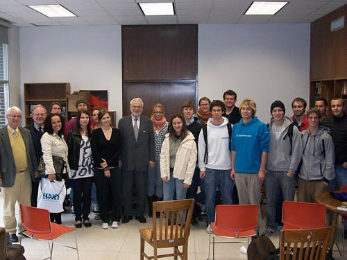 Dr. Erhard Busek meets with Austrian students at the University of New Orleans after briefing them on the European Forum Alpbach.