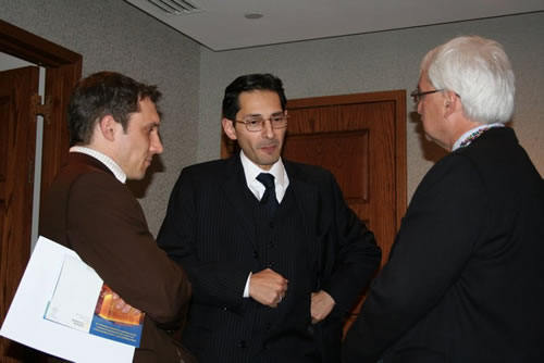 Philipp Marxgut, Attaché for Science & Technology, Director of the OST (left), Dr. Wolfgang Renezeder, Director of the Austrian Press and Information Service (center) and Dr. Günter Bischof.