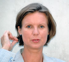 Dr. Andrea Grisold