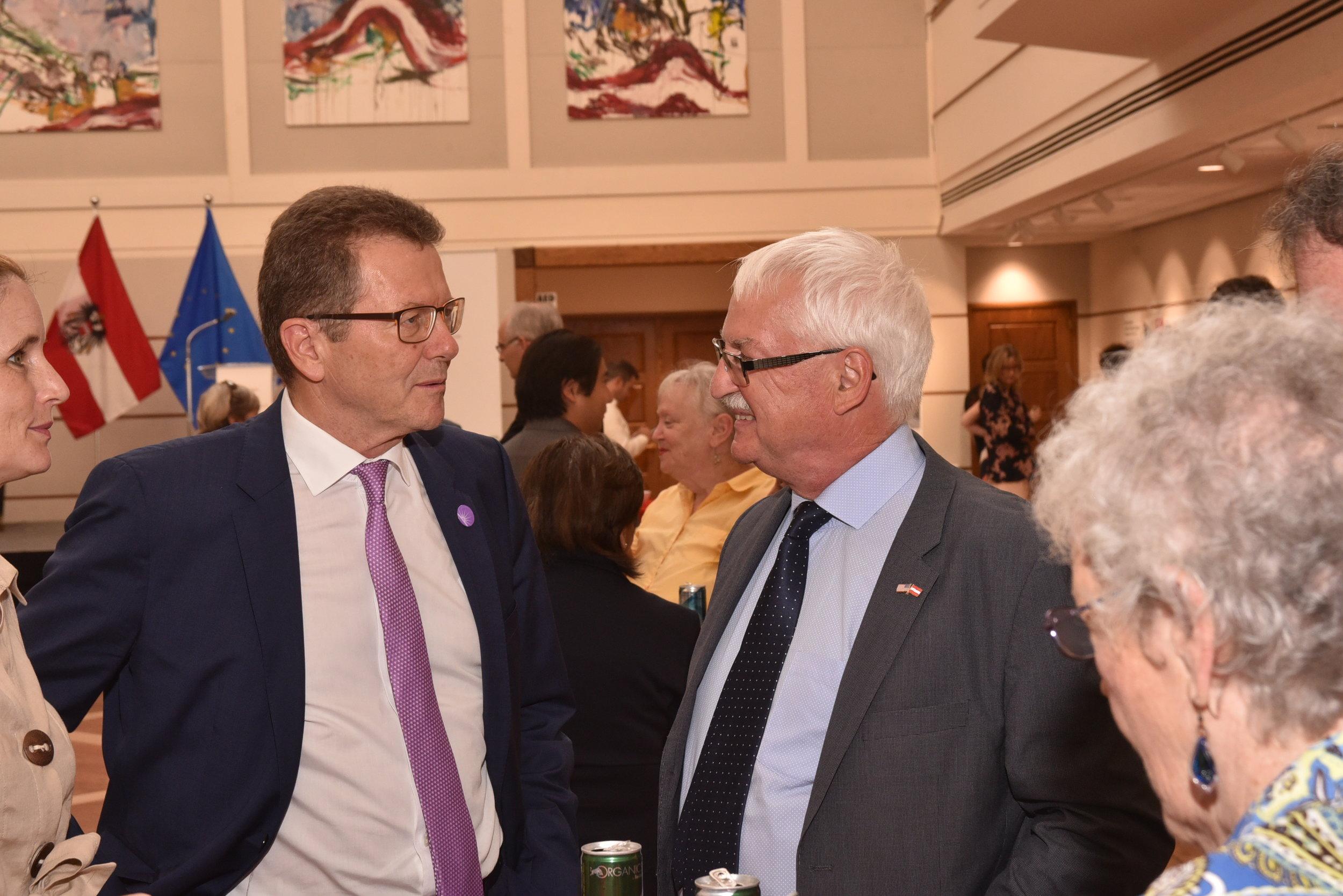 Ambassador Waldner (left) talks with Professor Bischof   Photo: Peter Alunans