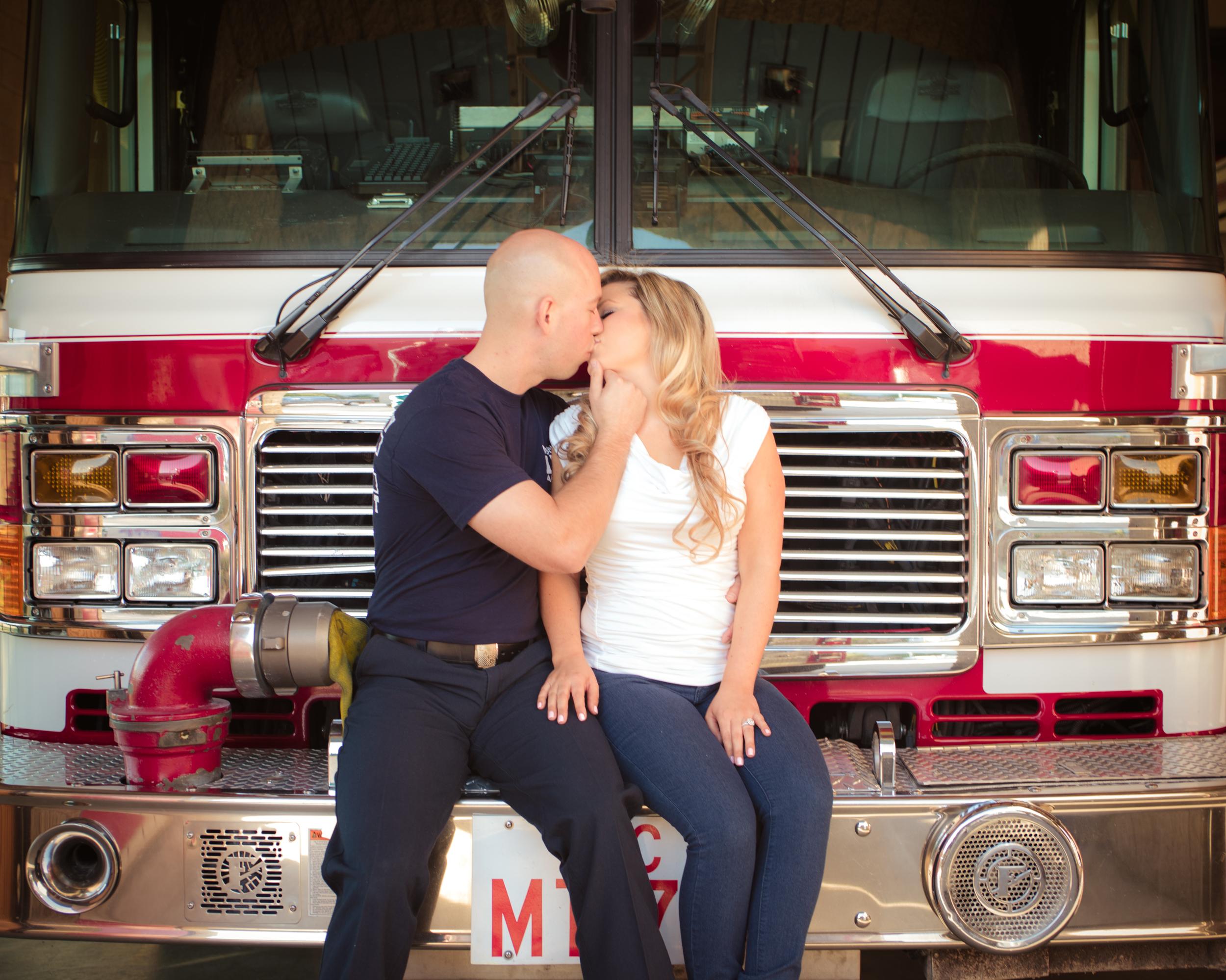Laura & Jordan Engagement- MCP-16.jpg