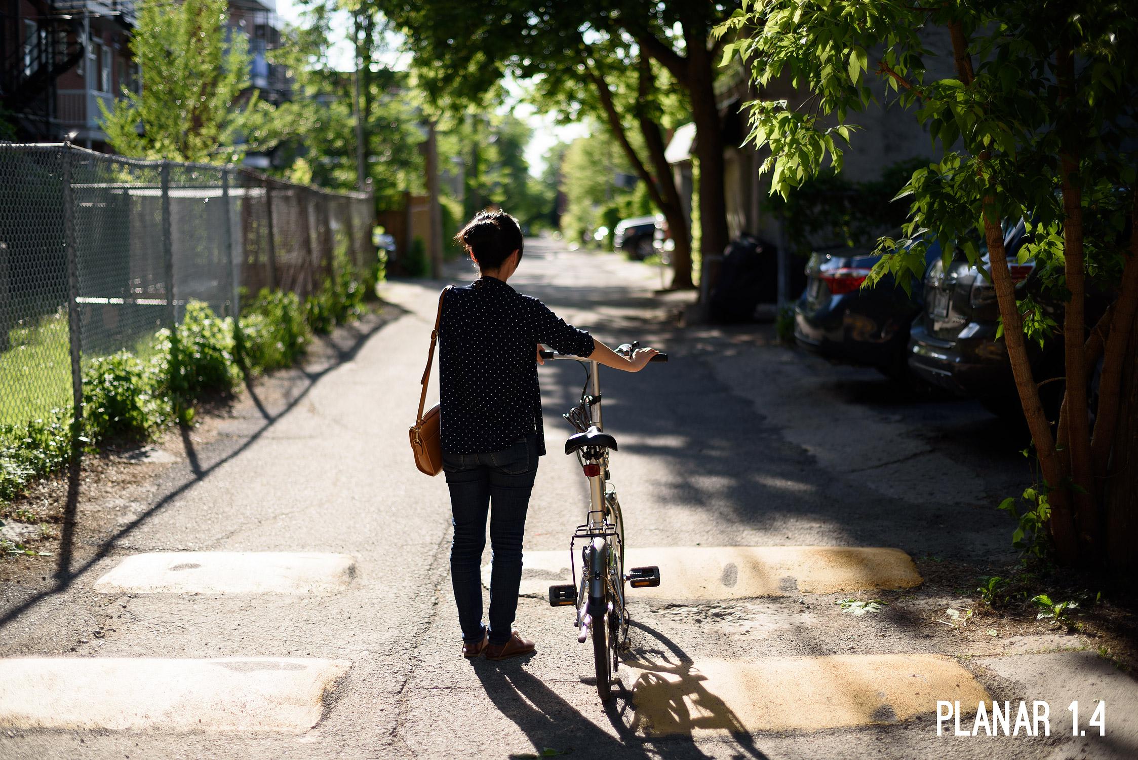 f2girlbike-1.jpg
