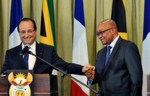 French President François Hollande with South African President Jacob Zuma (Photo : AFP, Alexander Joe)