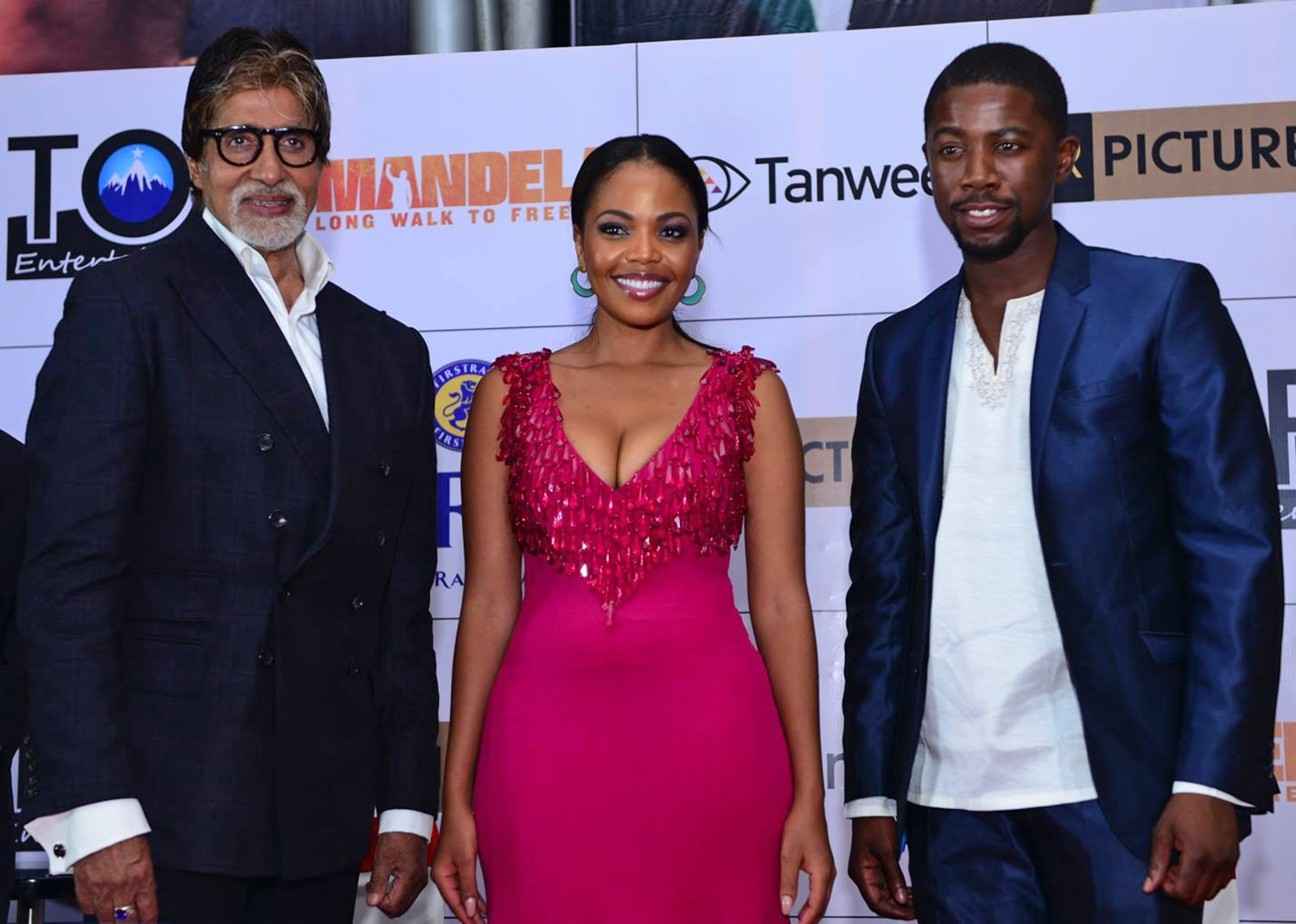 Amitabh Bachchan, Terry Pheto and Atandwa Kani at the Mumbai premiere / Videovision Entertainment (p)