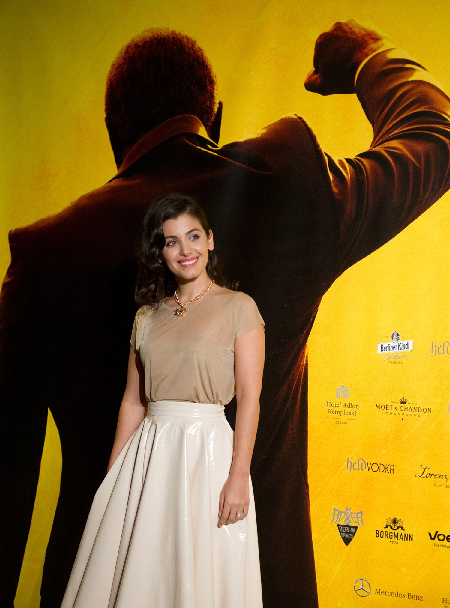 Katie Melua on the red carpet / Videovision Entertainment (p)