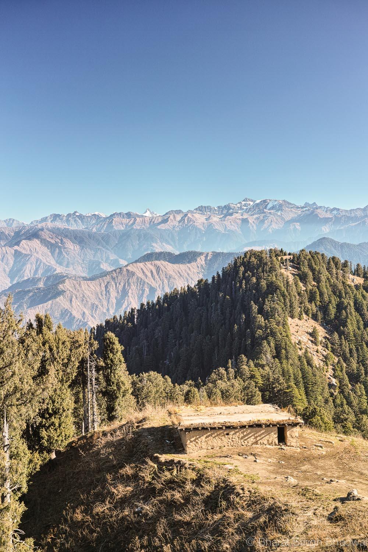 shepherd shelter - descent starts here Jatkari Village