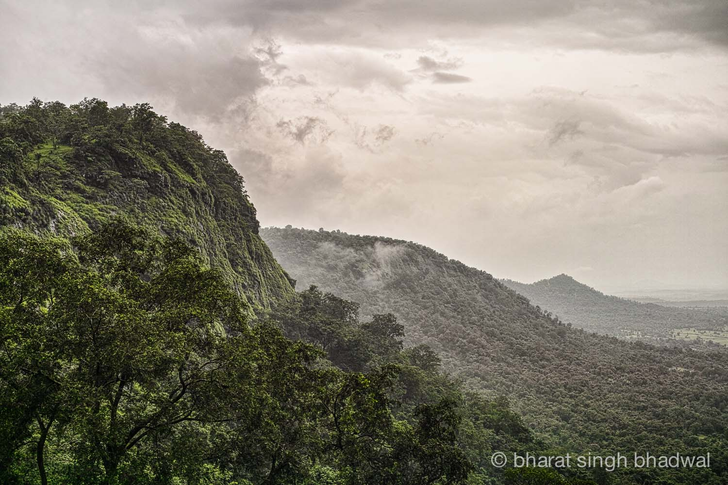 Looking back from the plateau on Ganesh Ghat route