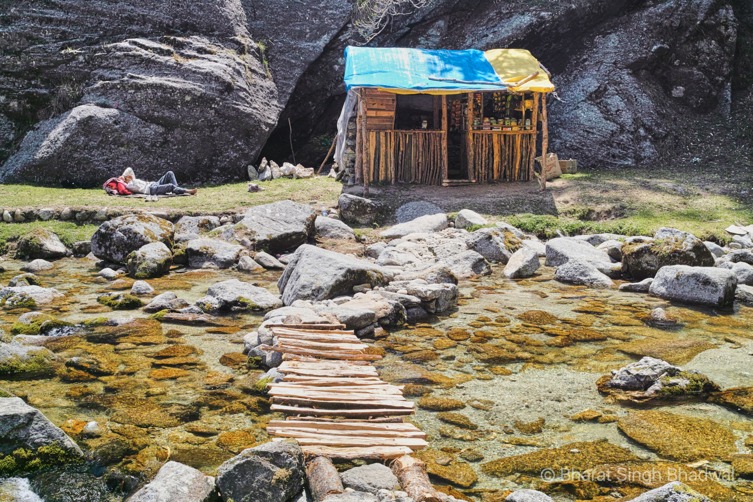 A cleverly constructed approach to a tea shop on Kareri lake trek