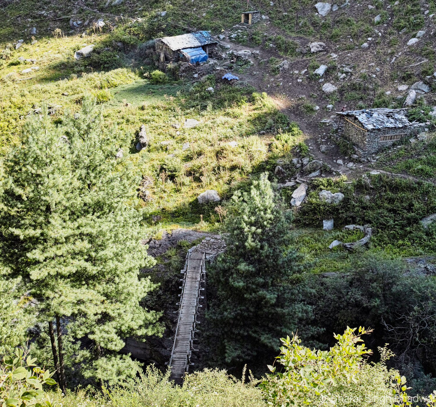 Eagle eye view of Channi campsite when descending from Yada Gothe