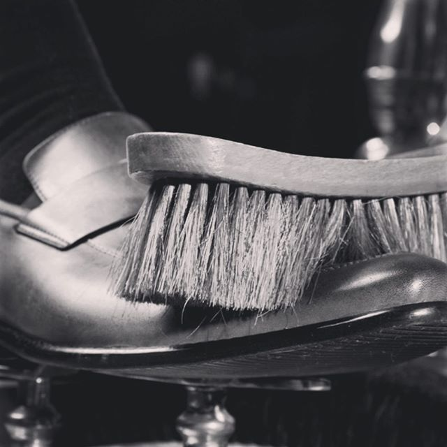 Spiff 'em up! Stop in for Shoe Shine Friday with Robert Williams. This Friday 12-3. #stuartmercer #GentlemansLife #shoeshine