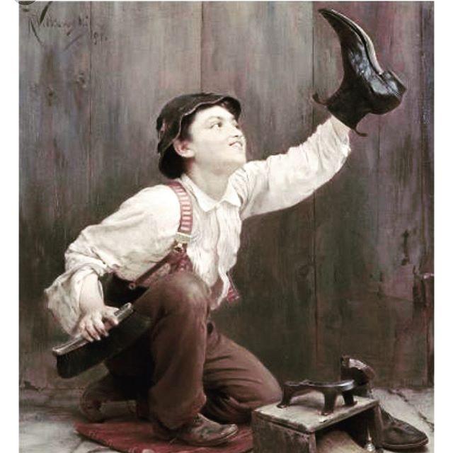 Don't forget Shoe Shine Friday! Today 12-3. #stuartmercer #gentlemanslife #shoeshine