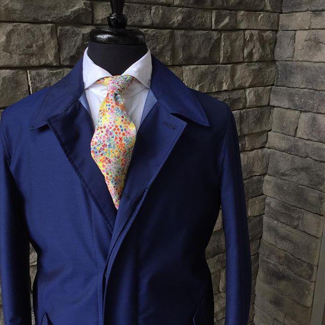 Style to weather the storm.  #stuartmercer #gentlemanslife #loropianastormsystem #lexington