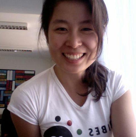 Jennifer Jin Headshot.jpg