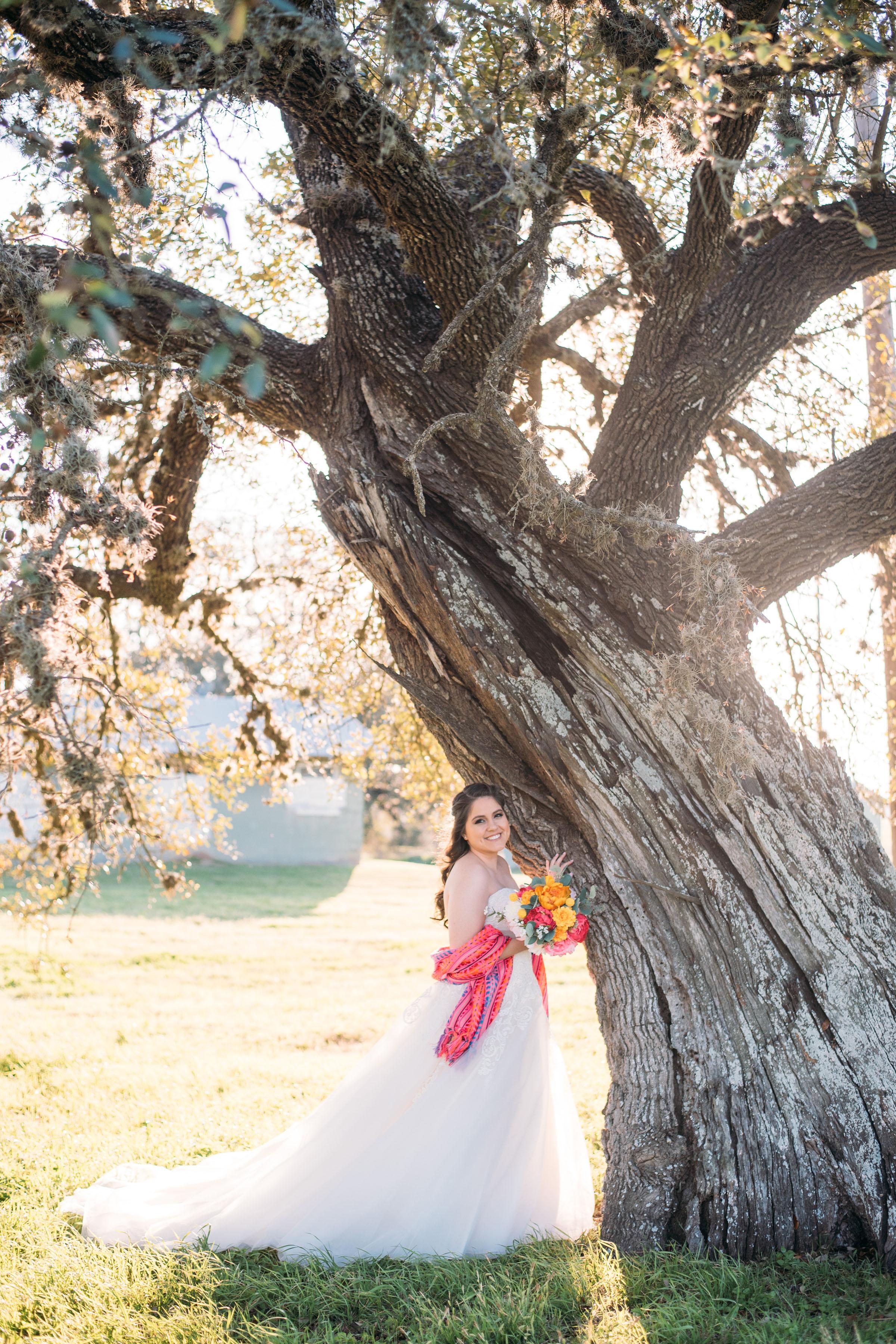 Melissa-Bridals-Aggie-Bride-MooreRanch-04.jpg