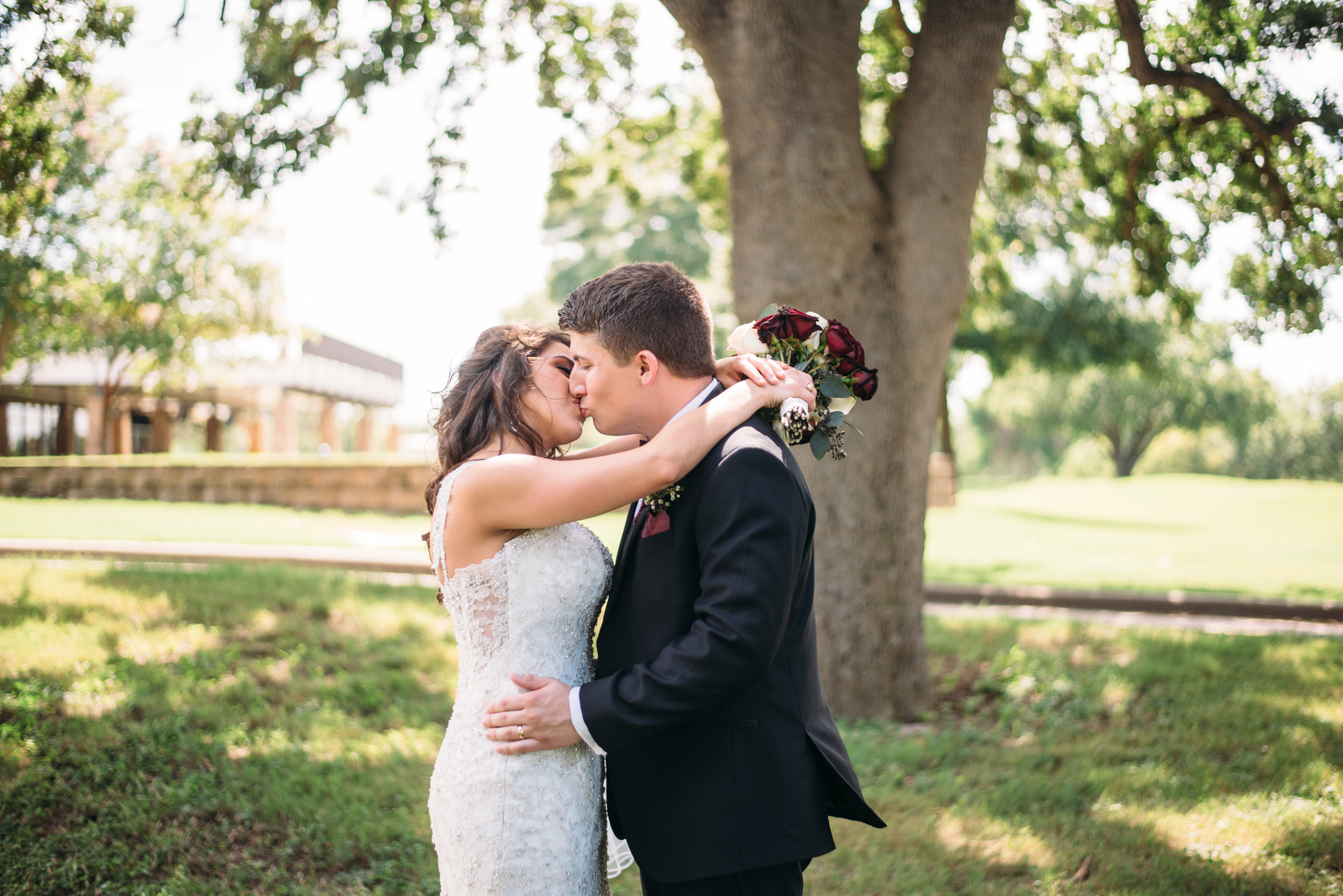 PhillipsEventCenter-AggieWedding-CollegeStationPhotographer_28.jpg