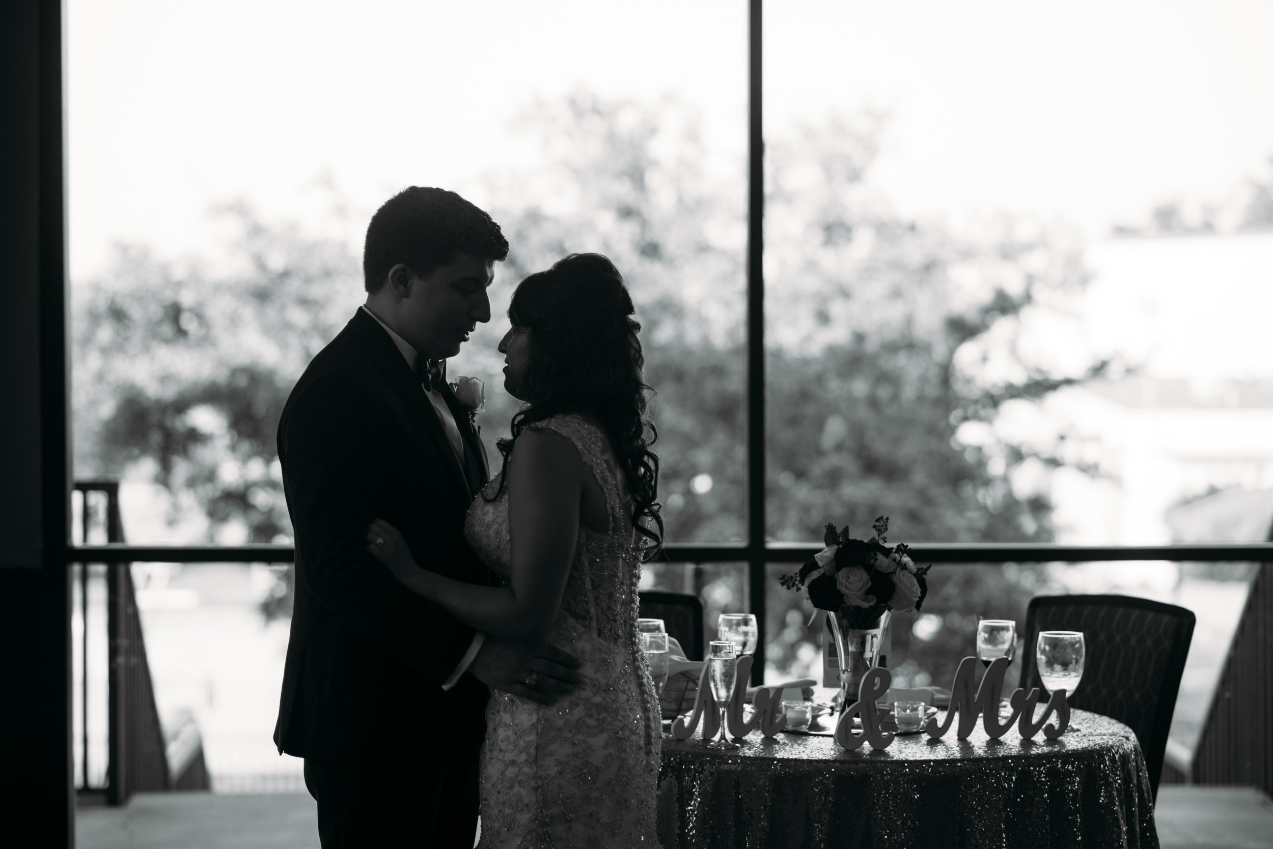 PhillipsEventCenter-AggieWedding-CollegeStationPhotographer_40.jpg