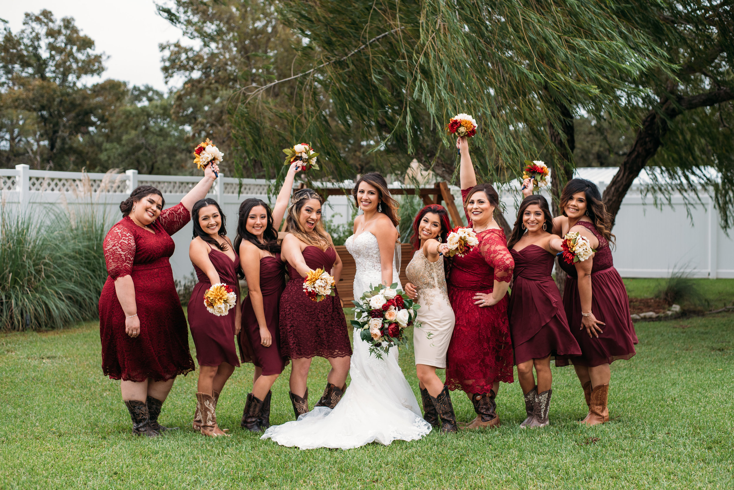 WeddingPhotographer_CollegeStation_InnAtQuarryRidge_18.jpg