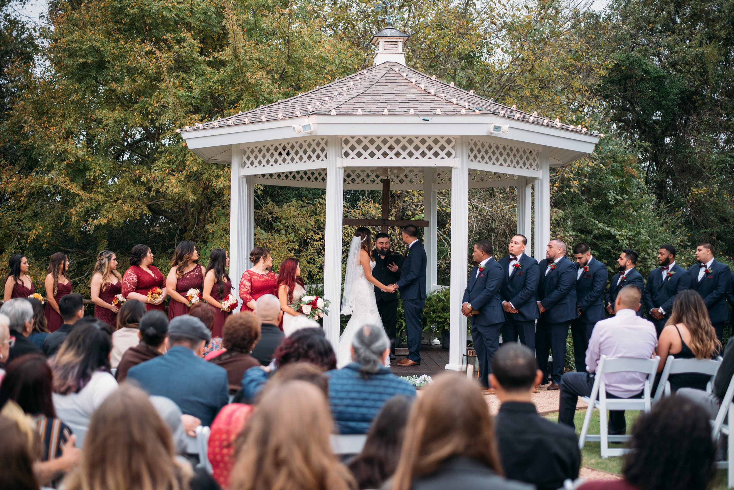 WeddingPhotographer_CollegeStation_InnAtQuarryRidge_22.jpg