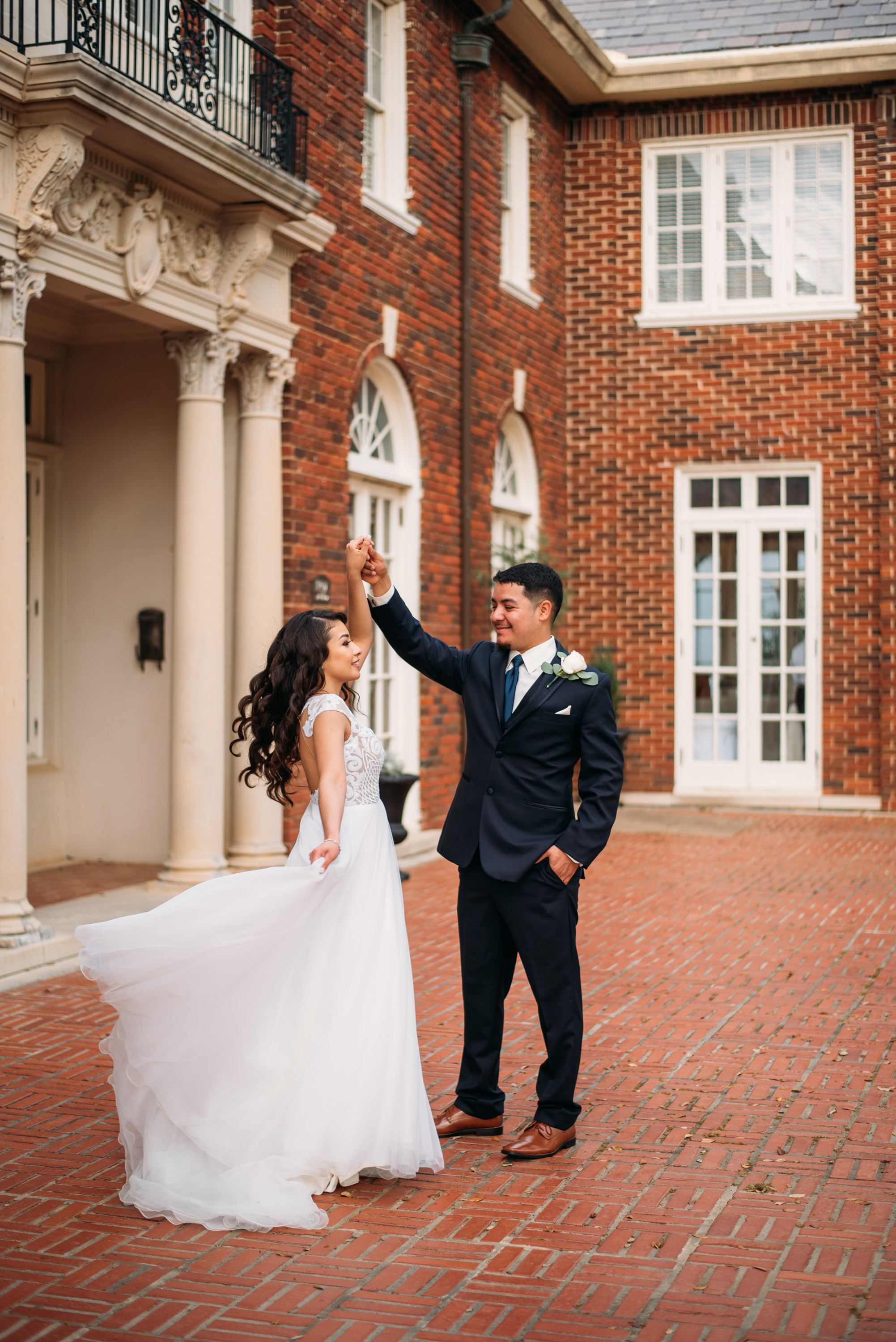 AstinMansion_CollegeStation_WeddingPhotographer044.jpg