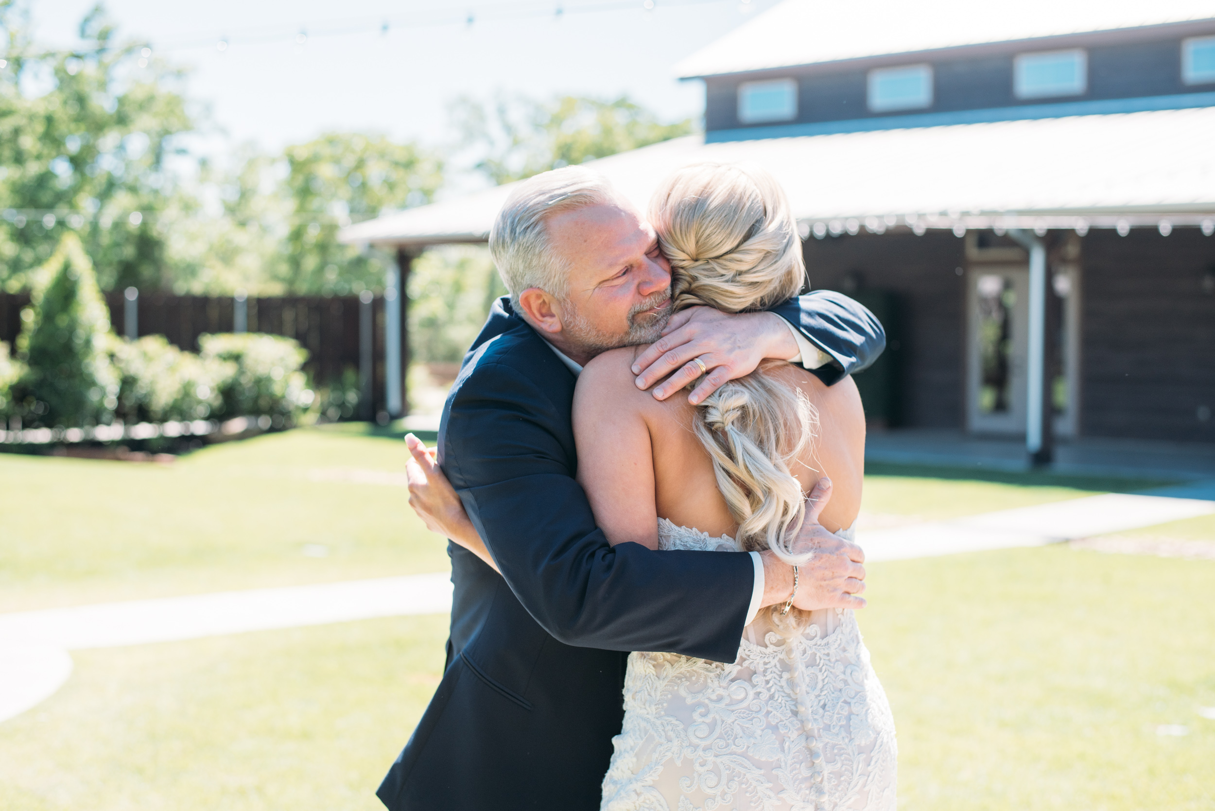 CollegeStation_WeddingPhotographer_PeachCreekRanch_014.jpg