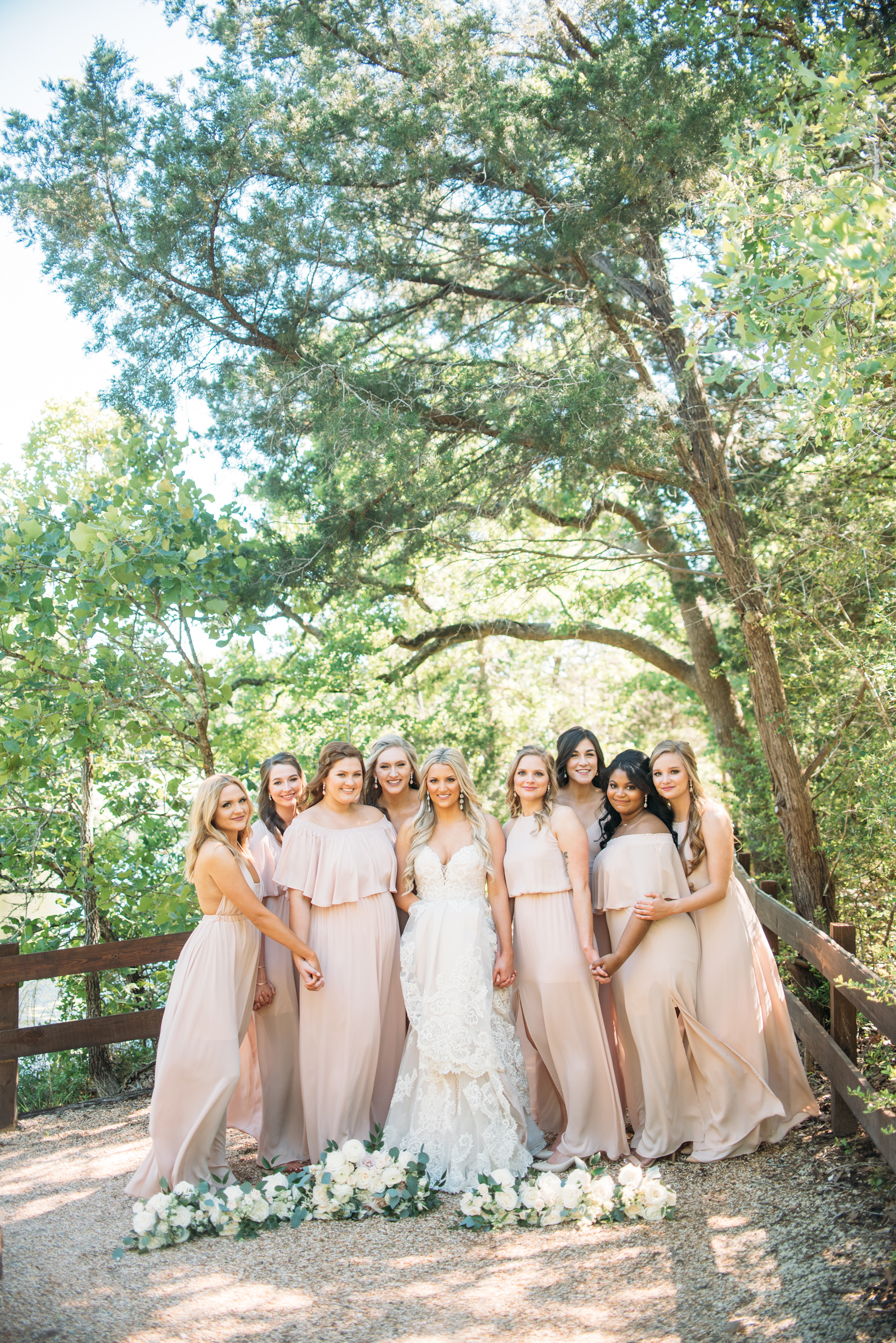 CollegeStation_WeddingPhotographer_PeachCreekRanch_016.jpg
