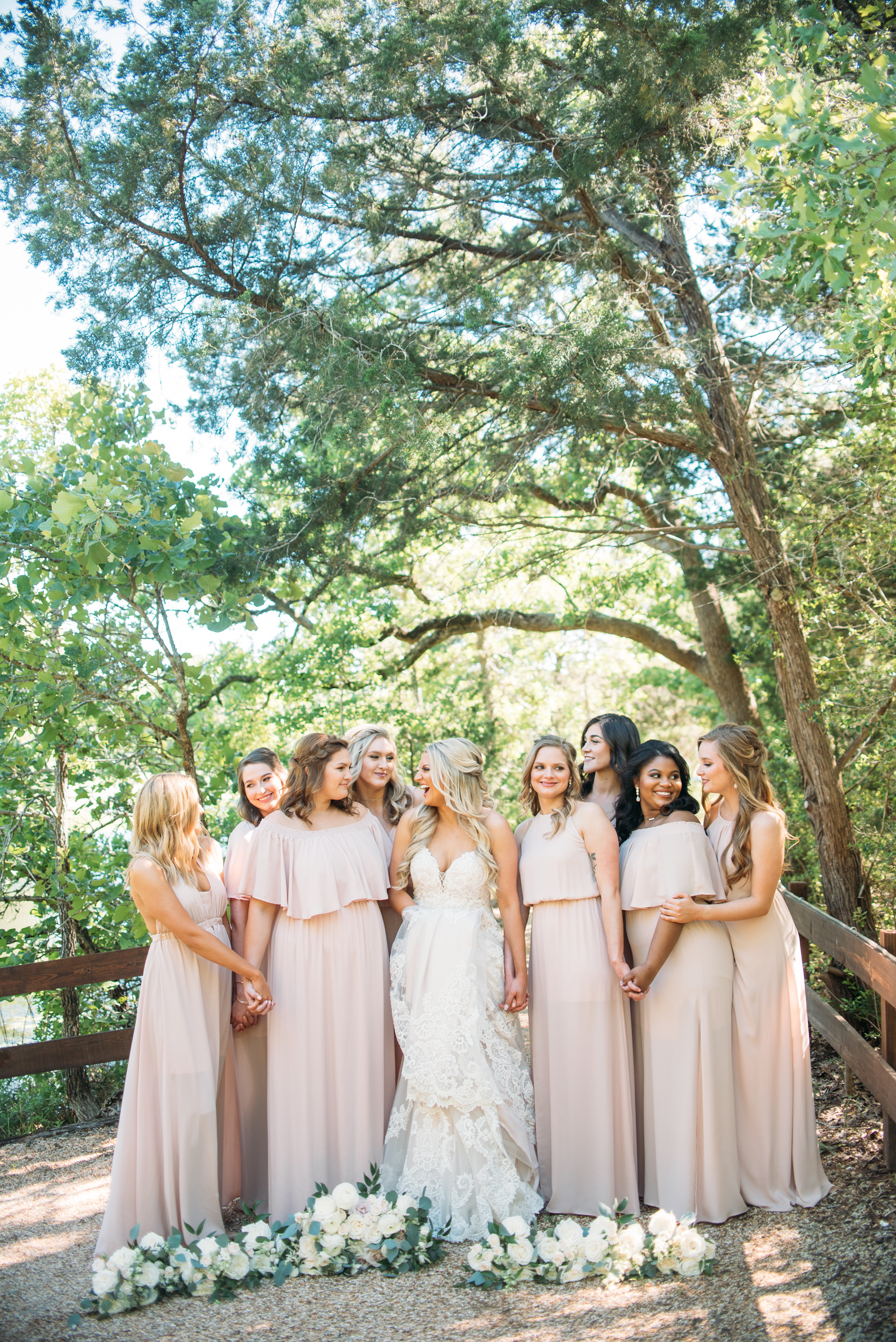 CollegeStation_WeddingPhotographer_PeachCreekRanch_017.jpg