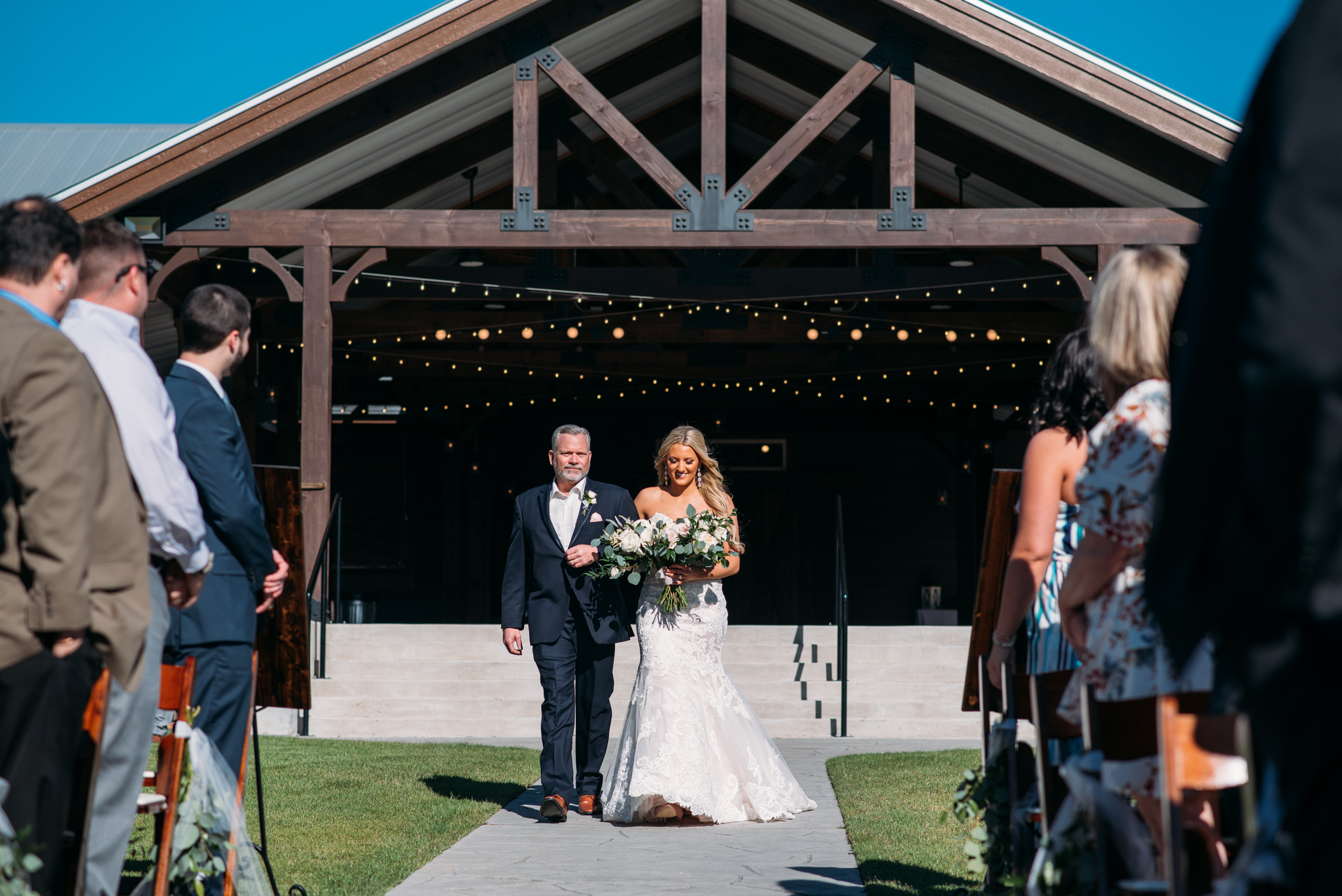 CollegeStation_WeddingPhotographer_PeachCreekRanch_032.jpg