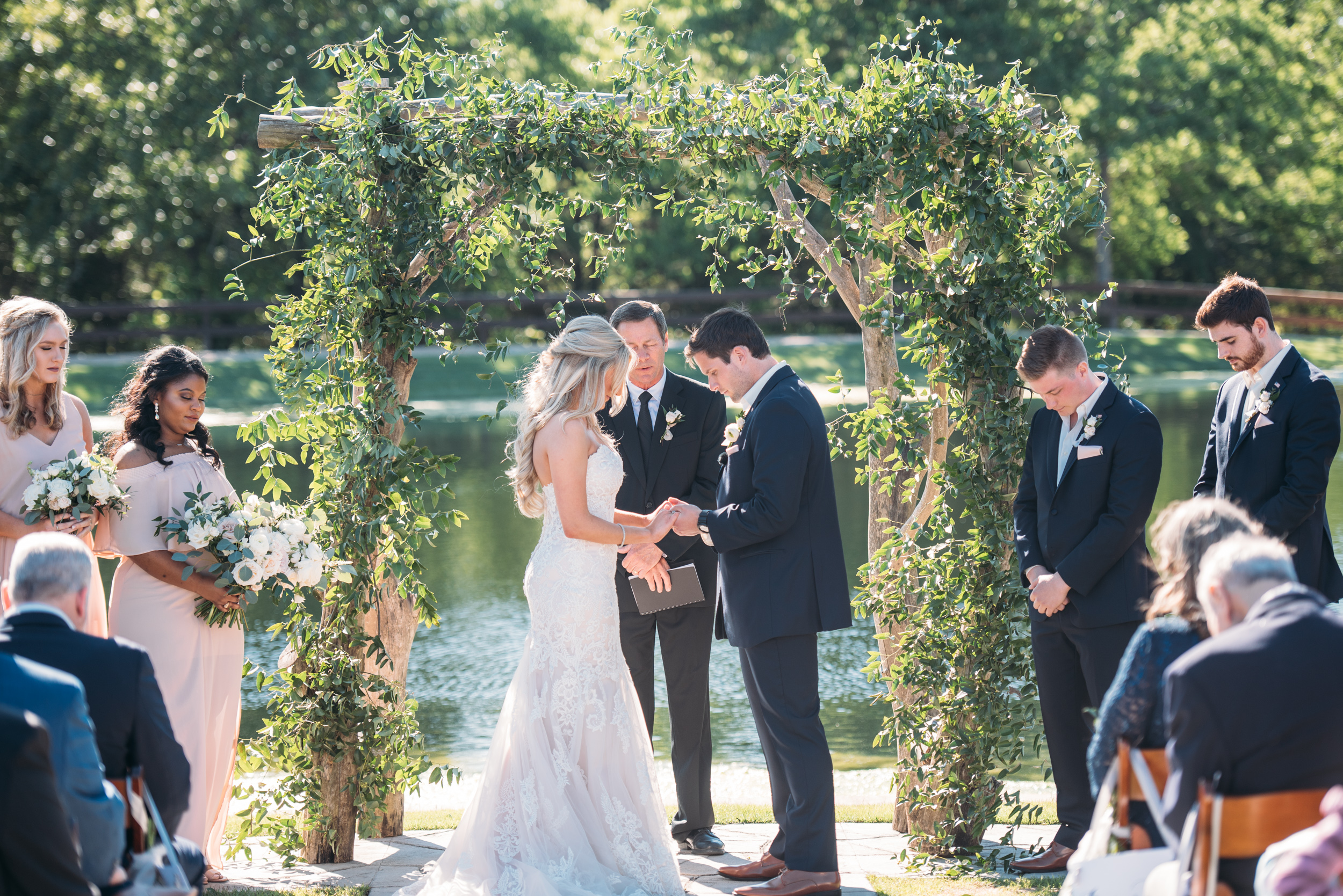 CollegeStation_WeddingPhotographer_PeachCreekRanch_036.jpg