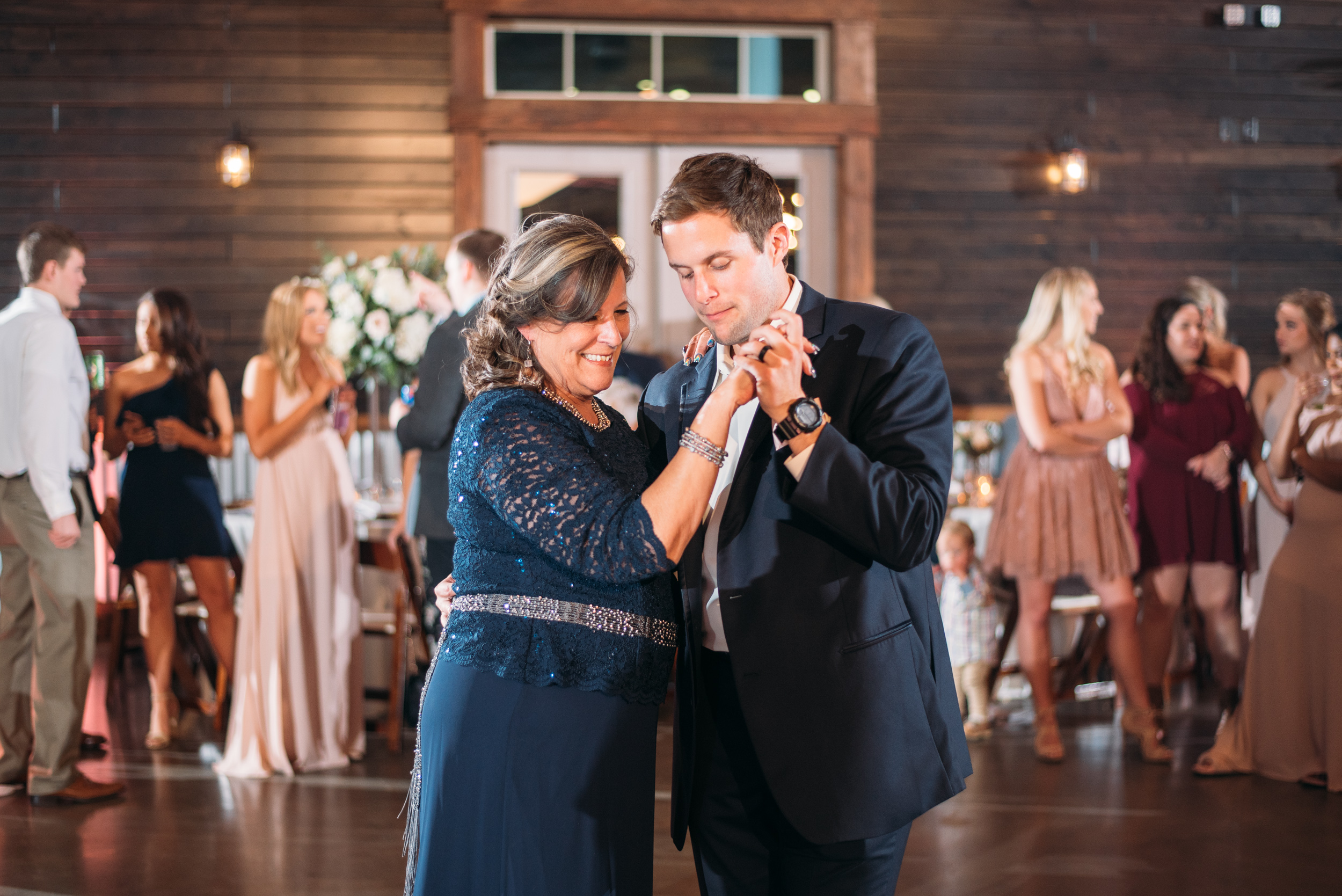 CollegeStation_WeddingPhotographer_PeachCreekRanch_068.jpg