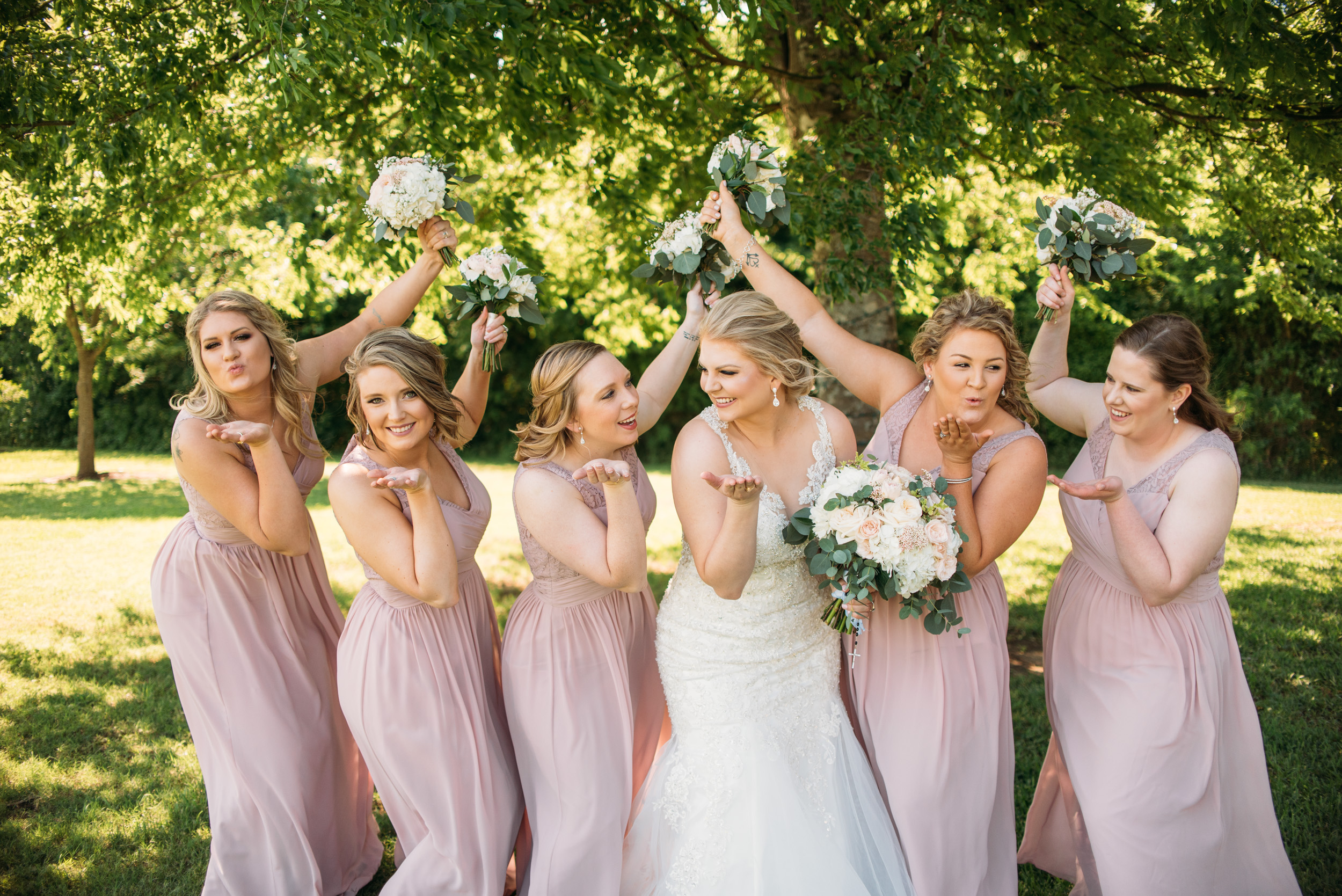 CollegeStation_WeddingPhotographer_DoubleCreekCrossing_0015.jpg