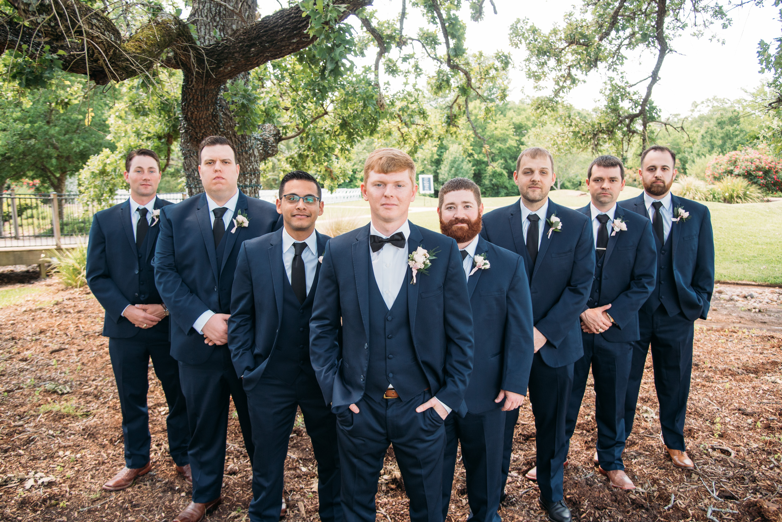 CollegeStation_WeddingPhotographer_DoubleCreekCrossing_0028.jpg