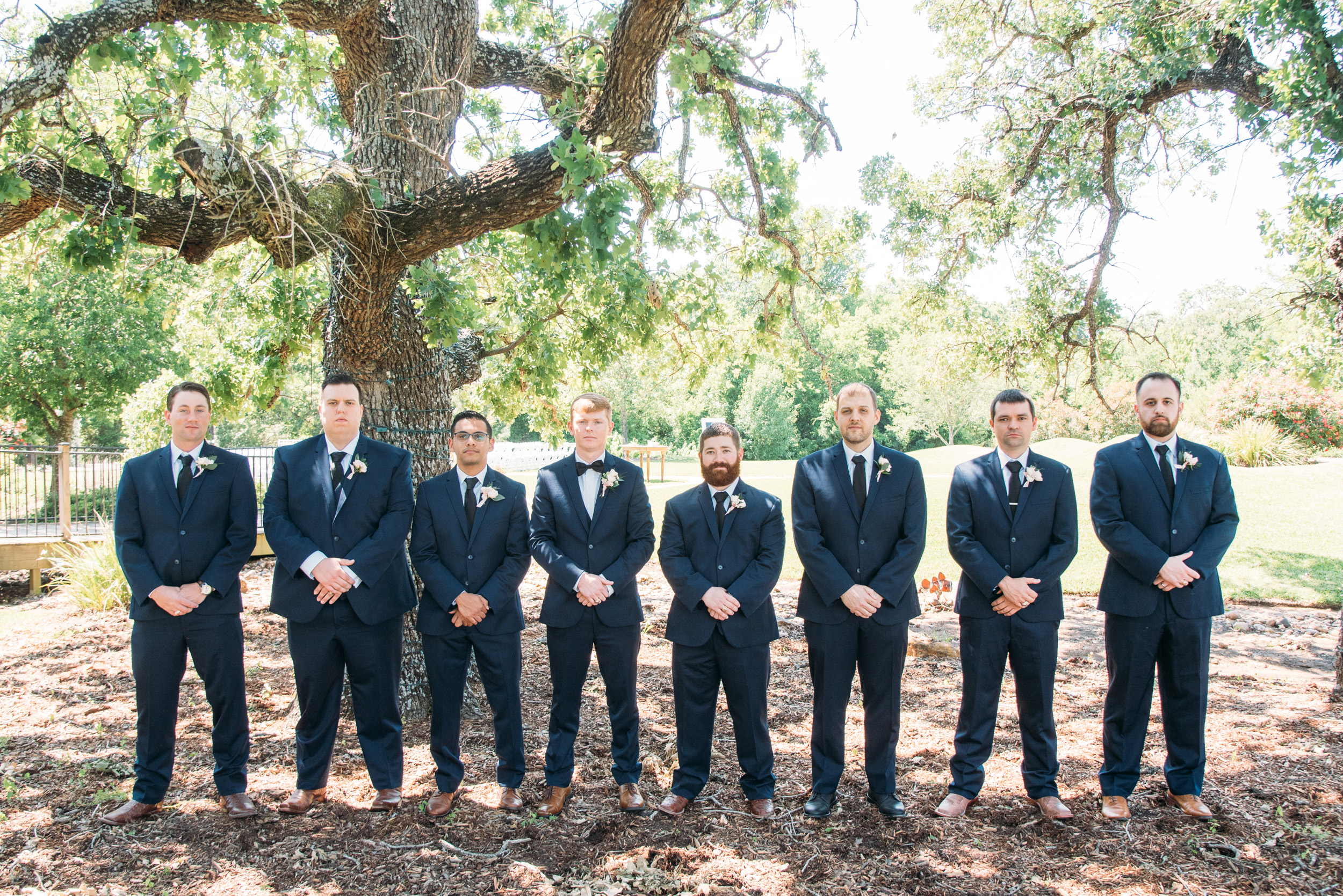 CollegeStation_WeddingPhotographer_DoubleCreekCrossing_0027.jpg