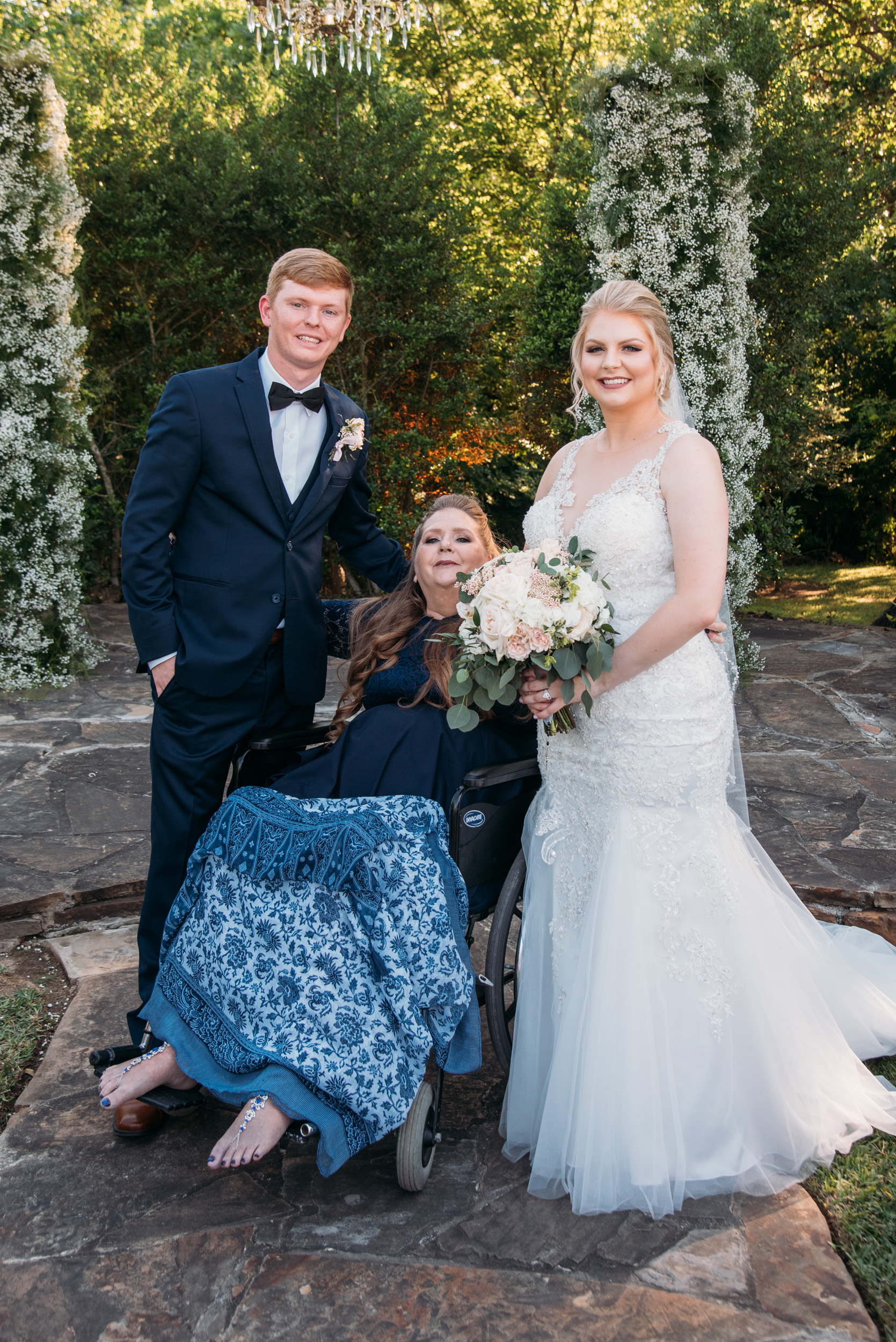 CollegeStation_WeddingPhotographer_DoubleCreekCrossing_0049.jpg