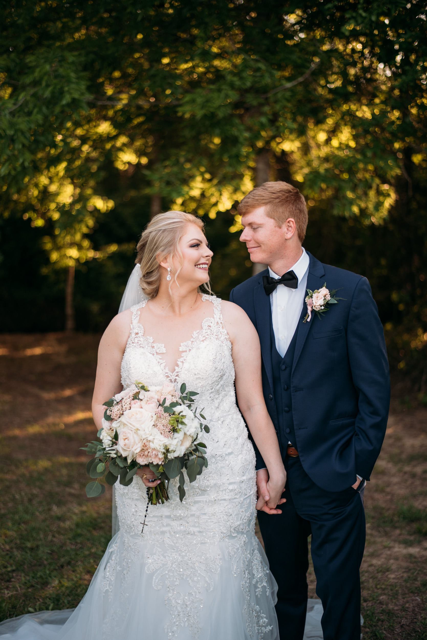 CollegeStation_WeddingPhotographer_DoubleCreekCrossing_0063.jpg