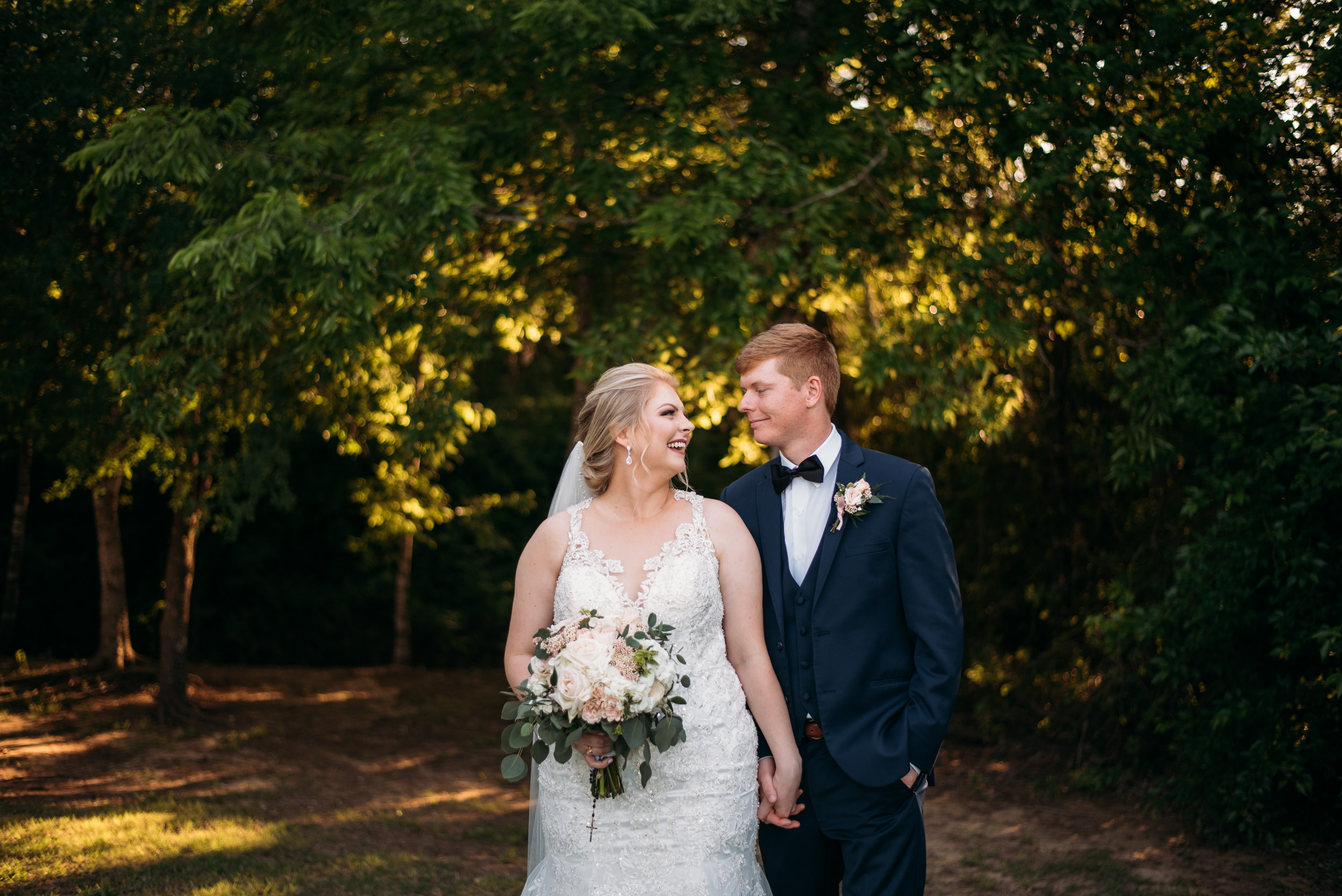CollegeStation_WeddingPhotographer_DoubleCreekCrossing_0064.jpg