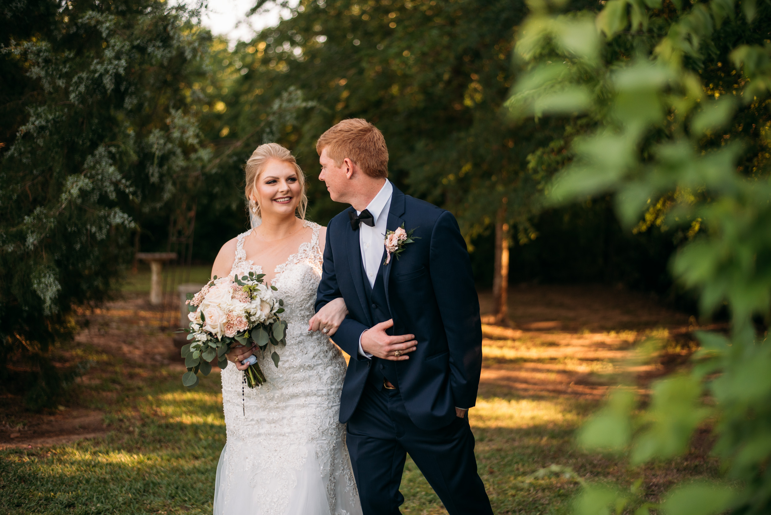 CollegeStation_WeddingPhotographer_DoubleCreekCrossing_0071.jpg
