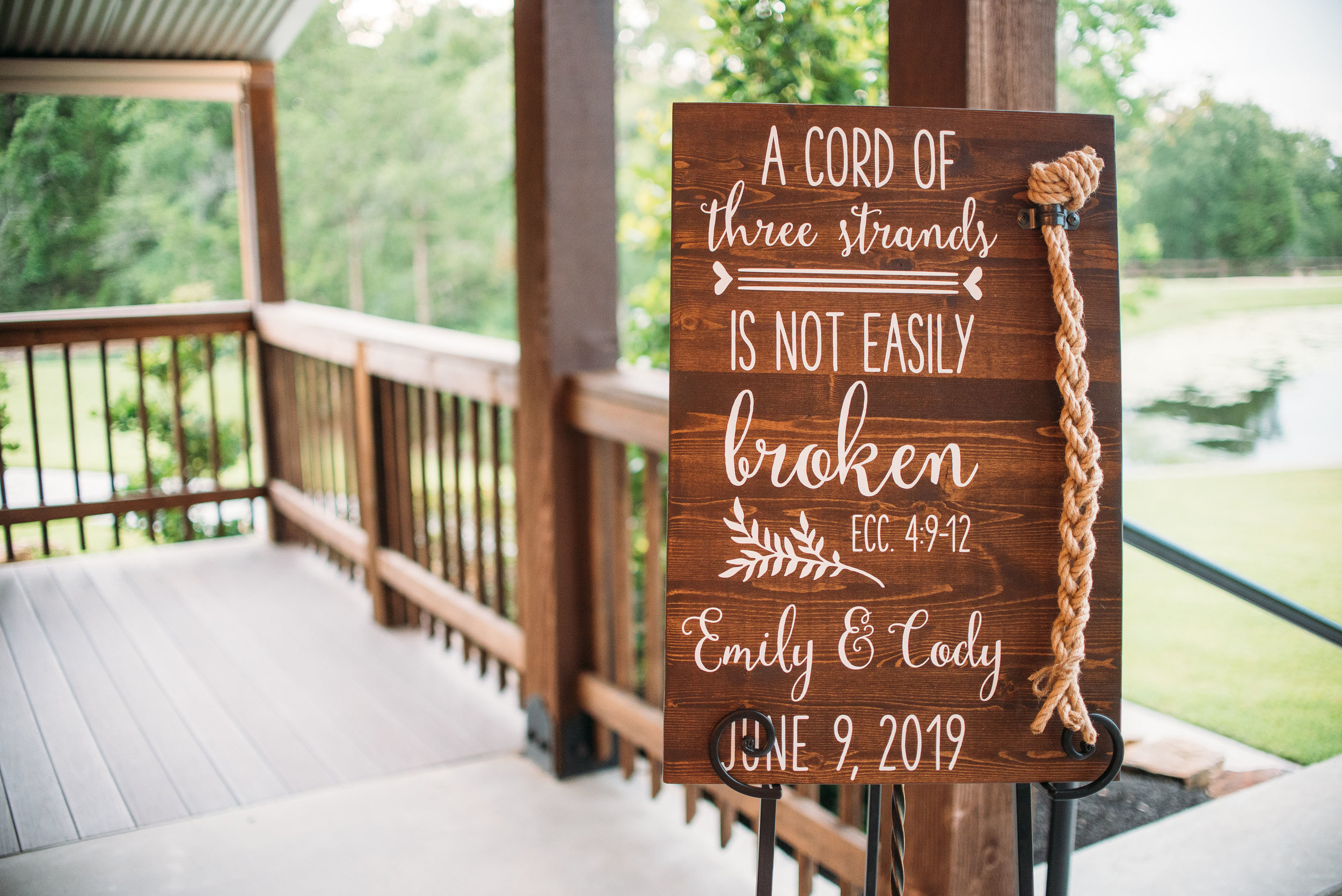 EmilyCody-Peach-Creek-Ranch-Wedding-Ceremony-Bridals-Engagement-College-Station-Photographer-Videographer-San-Angel-Photo-0210.jpg