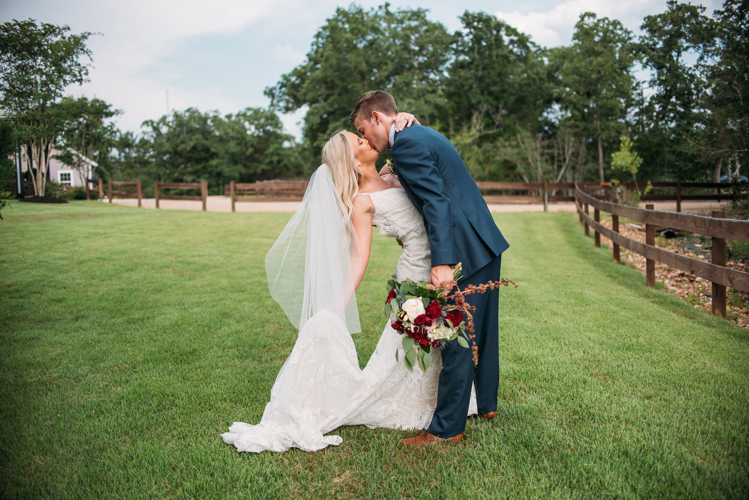 EmilyCody-Peach-Creek-Ranch-Wedding-Ceremony-Bridals-Engagement-College-Station-Photographer-Videographer-San-Angel-Photo-0194.jpg