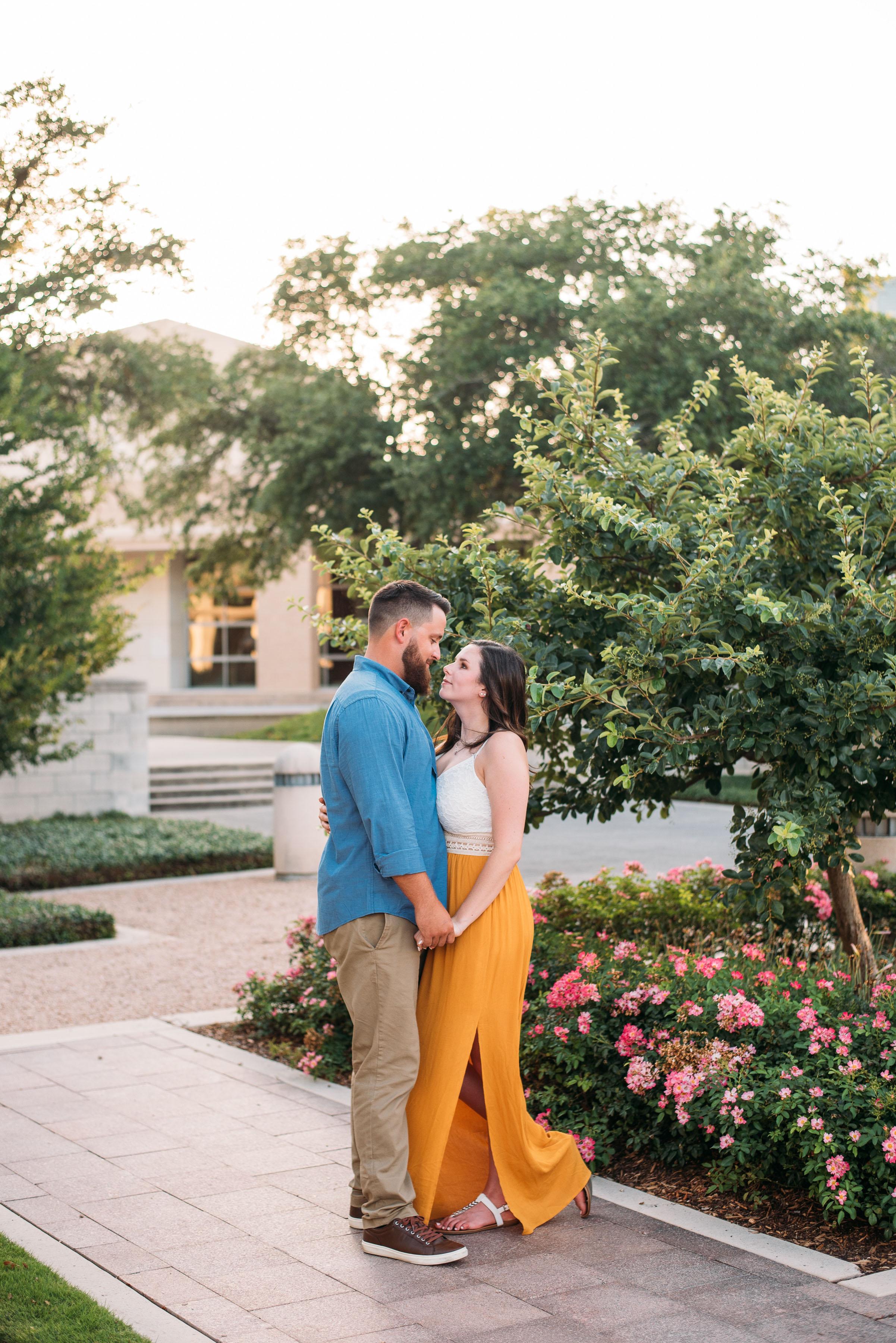 George-Bush-Library-Texas-A&M-University-Engagement-College-Station-Wedding-Photographer-San-Angel-Photo-Mark-Jenna-Matt-Century-Tree-04.jpg