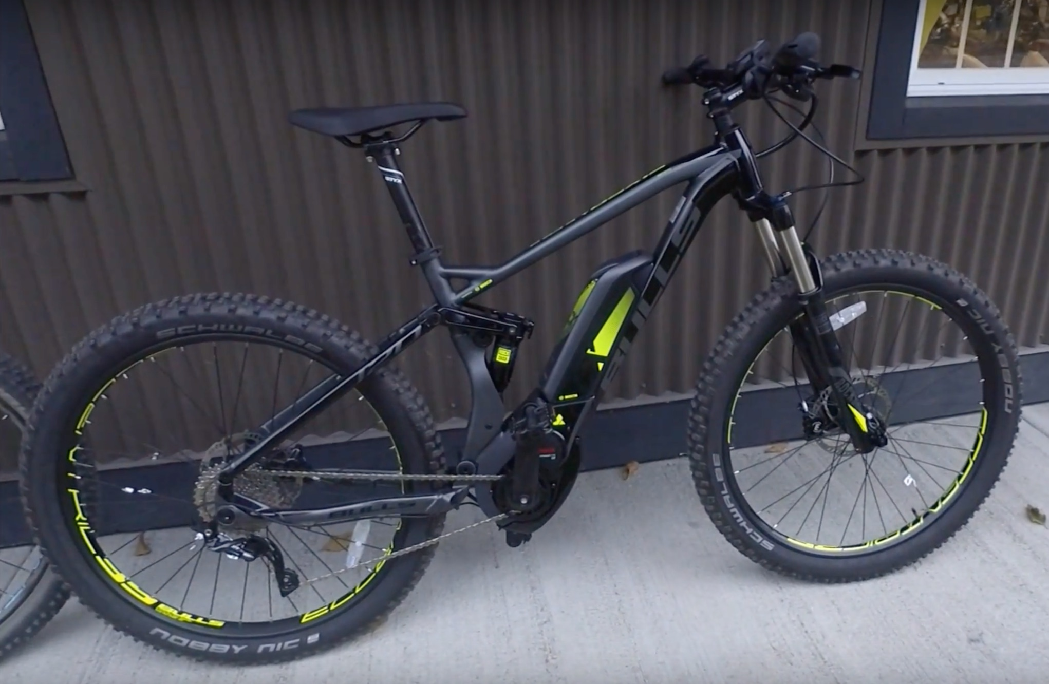 Just added! The Six 50+ E FS2. Bosch CX powered full suspension (120mm travel) all around ripper!