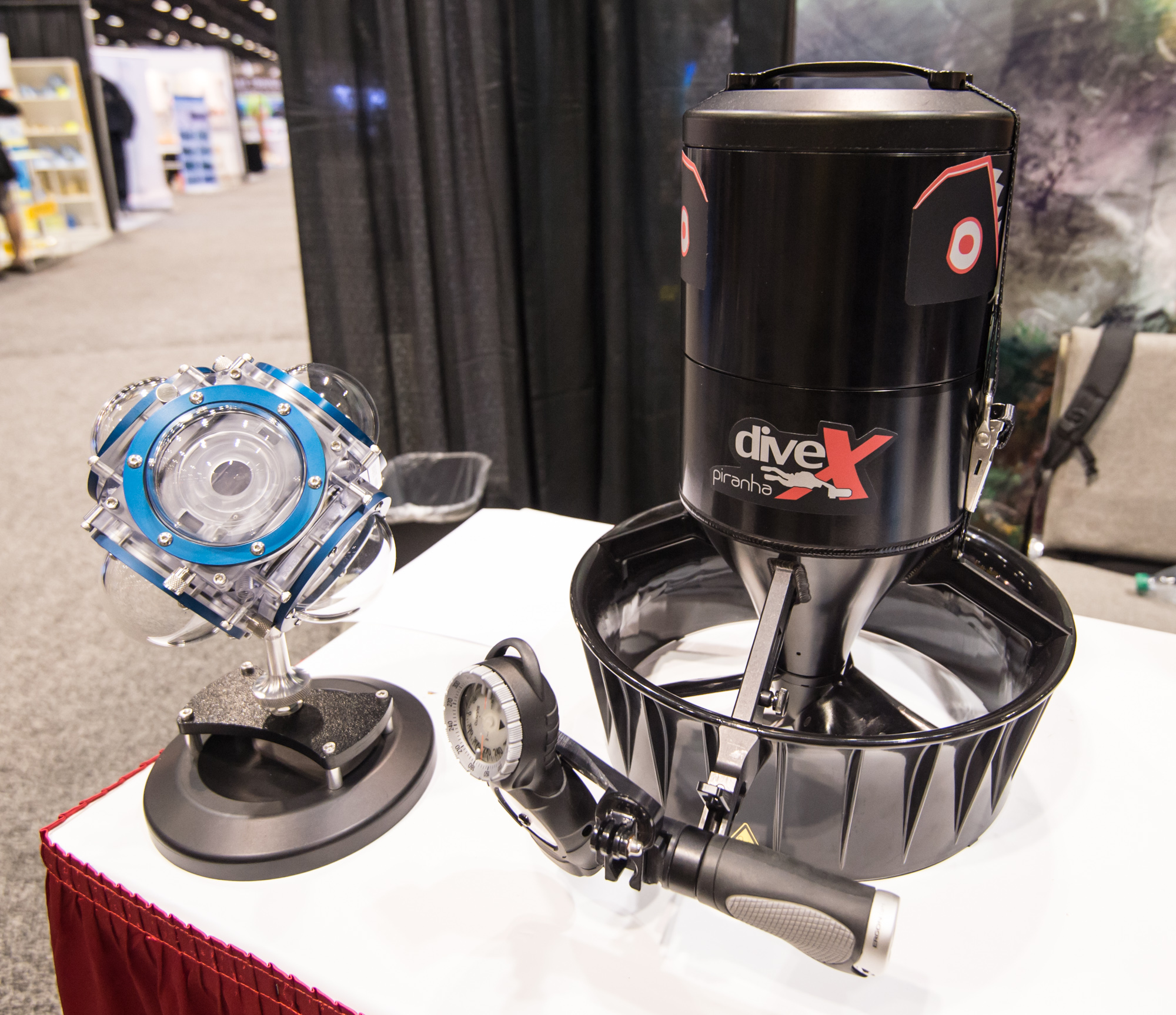 """Dive Xtras' lightweight """"Piranha"""" DPV will definitely be in my letter to Santa this year"""